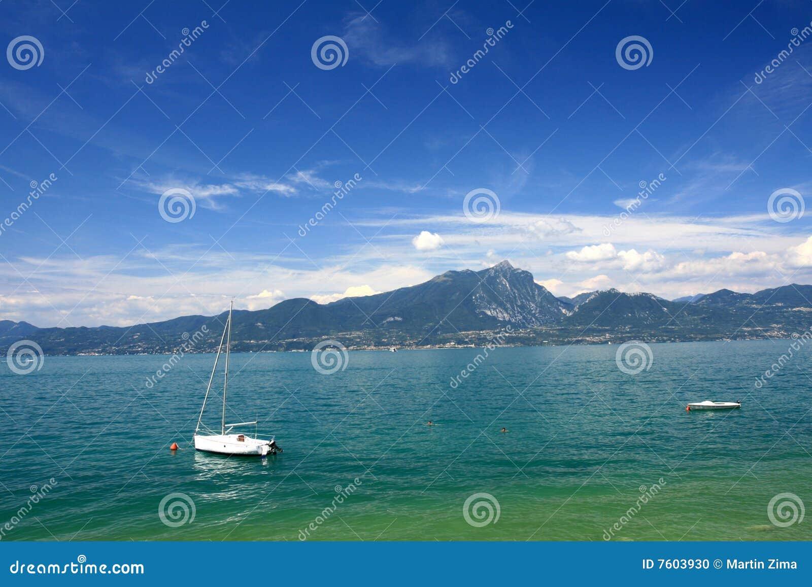 小船garda湖
