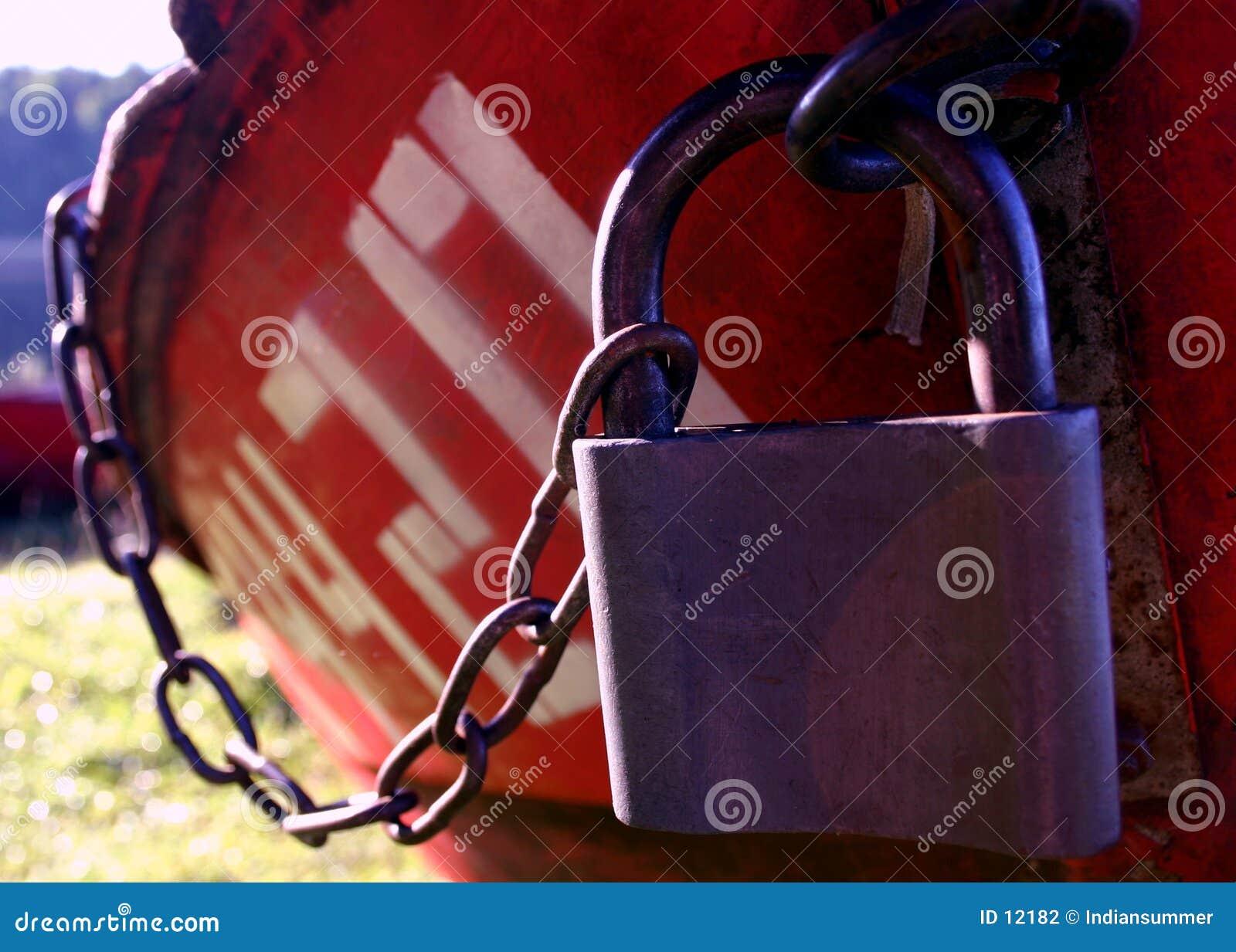 小船iv被锁定
