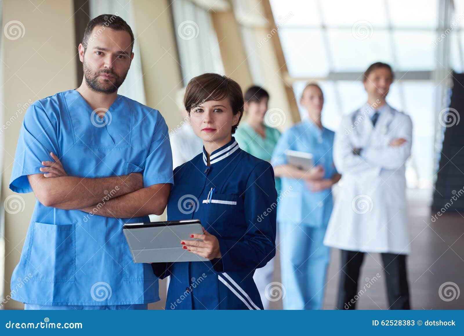 小组医院的医护人员