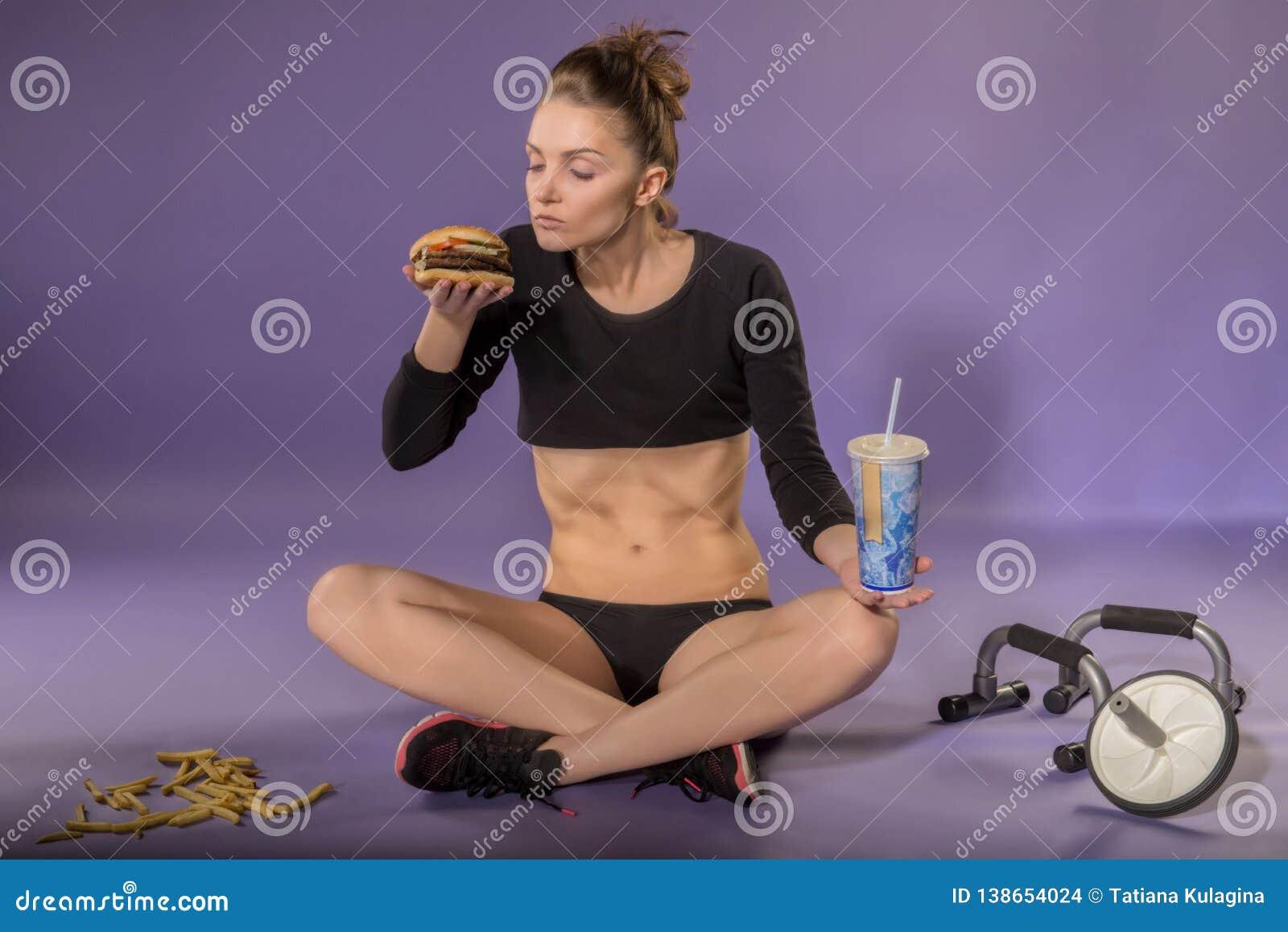 少女的图和饮食 饮食 体育和正确的食物