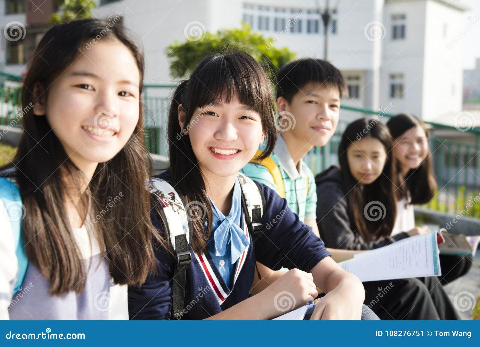 少年StudentsÂ研究在学校