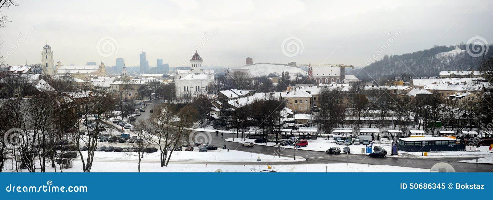 Download 维尔纽斯市白色冬天早晨时间全景 库存图片. 图片 包括有 立陶宛语, 早晨, 降雪, 资本, 结算, 外部 - 50686345