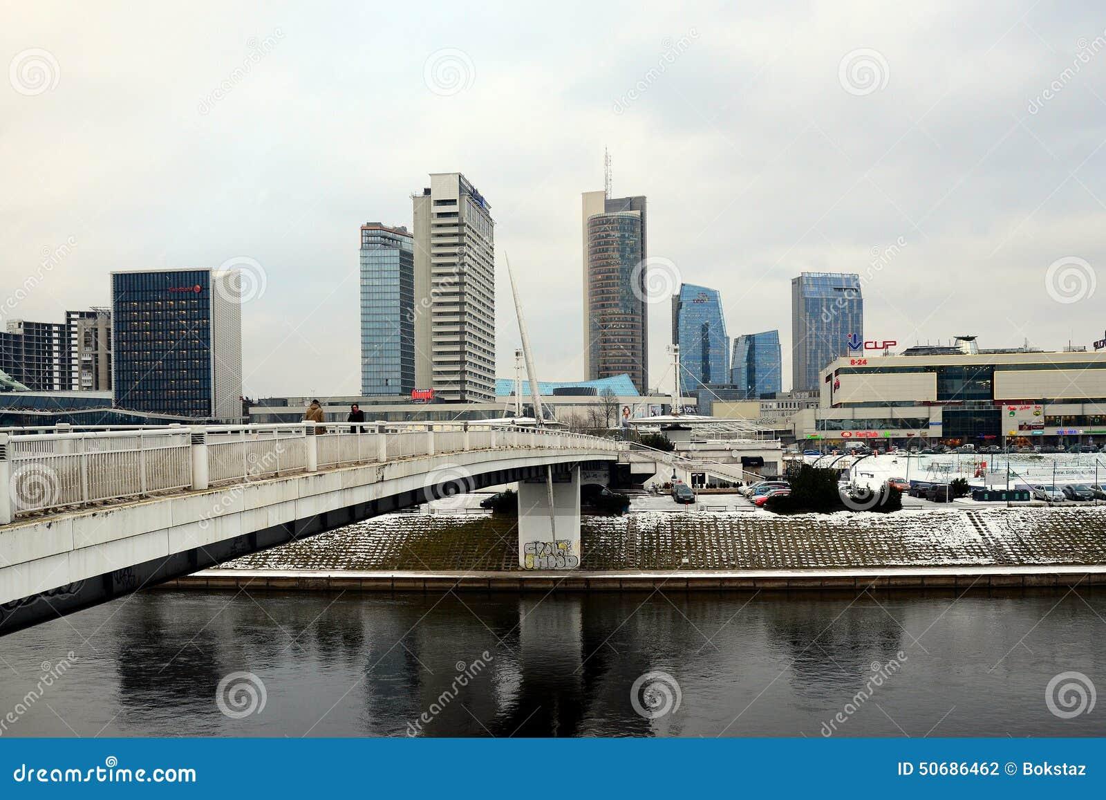 Download 维尔纽斯有摩天大楼的冬天全景涅里斯河河委员会的 图库摄影片. 图片 包括有 布琼布拉, 中心, 办公室, 具体 - 50686462