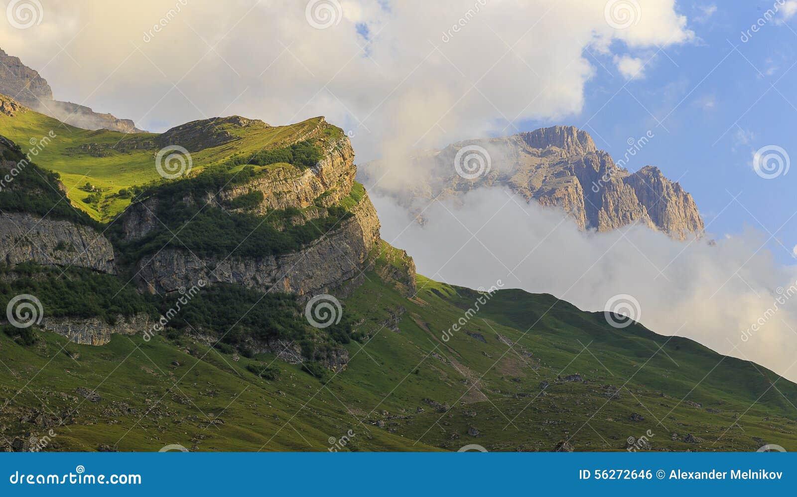 山国家公园Shahdag (阿塞拜疆)