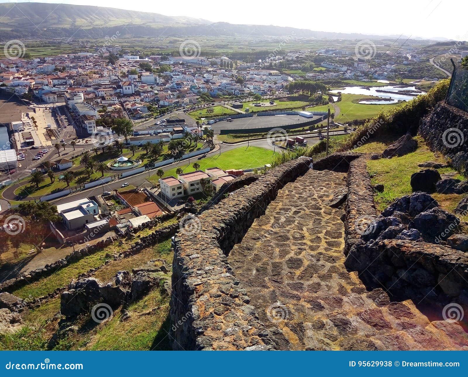 从山的一个看法在Terceira海岛,亚速尔群岛,葡萄牙