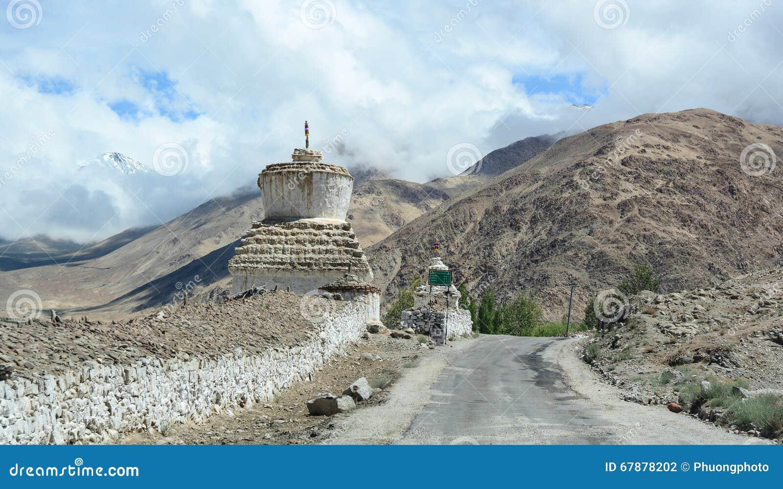 山路在拉达克,印度