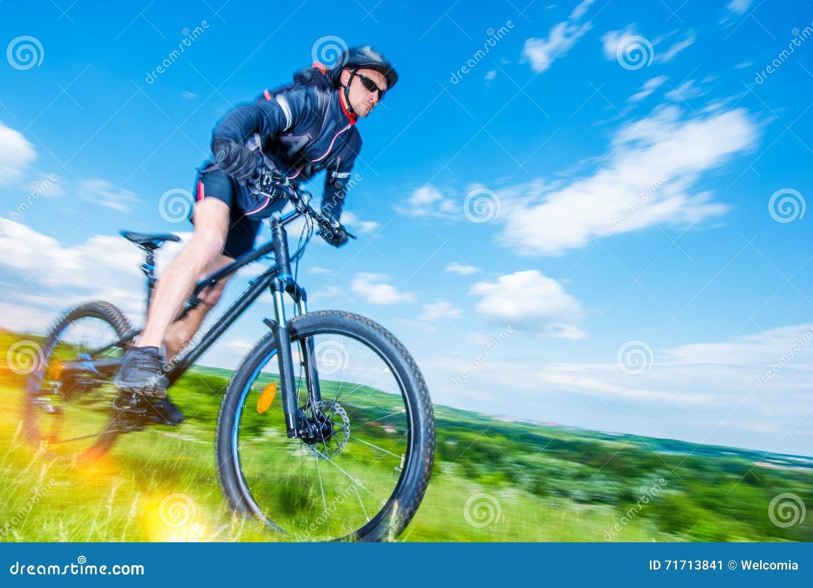 登山车车手
