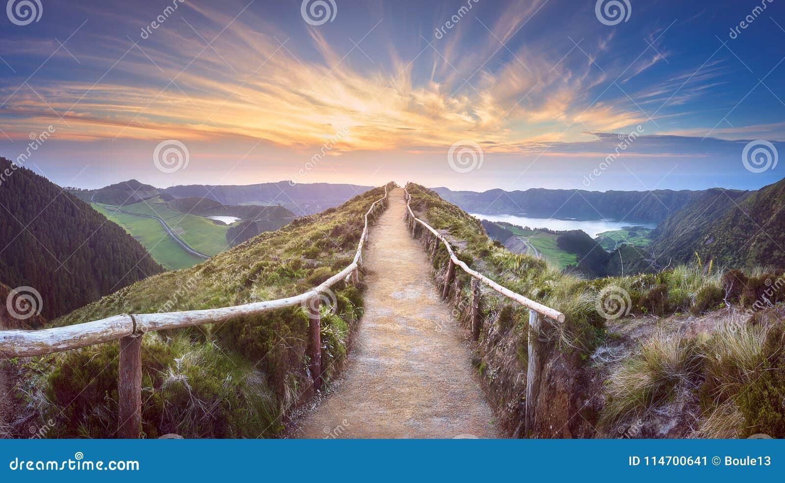山风景Ponta Delgada海岛,亚速尔群岛