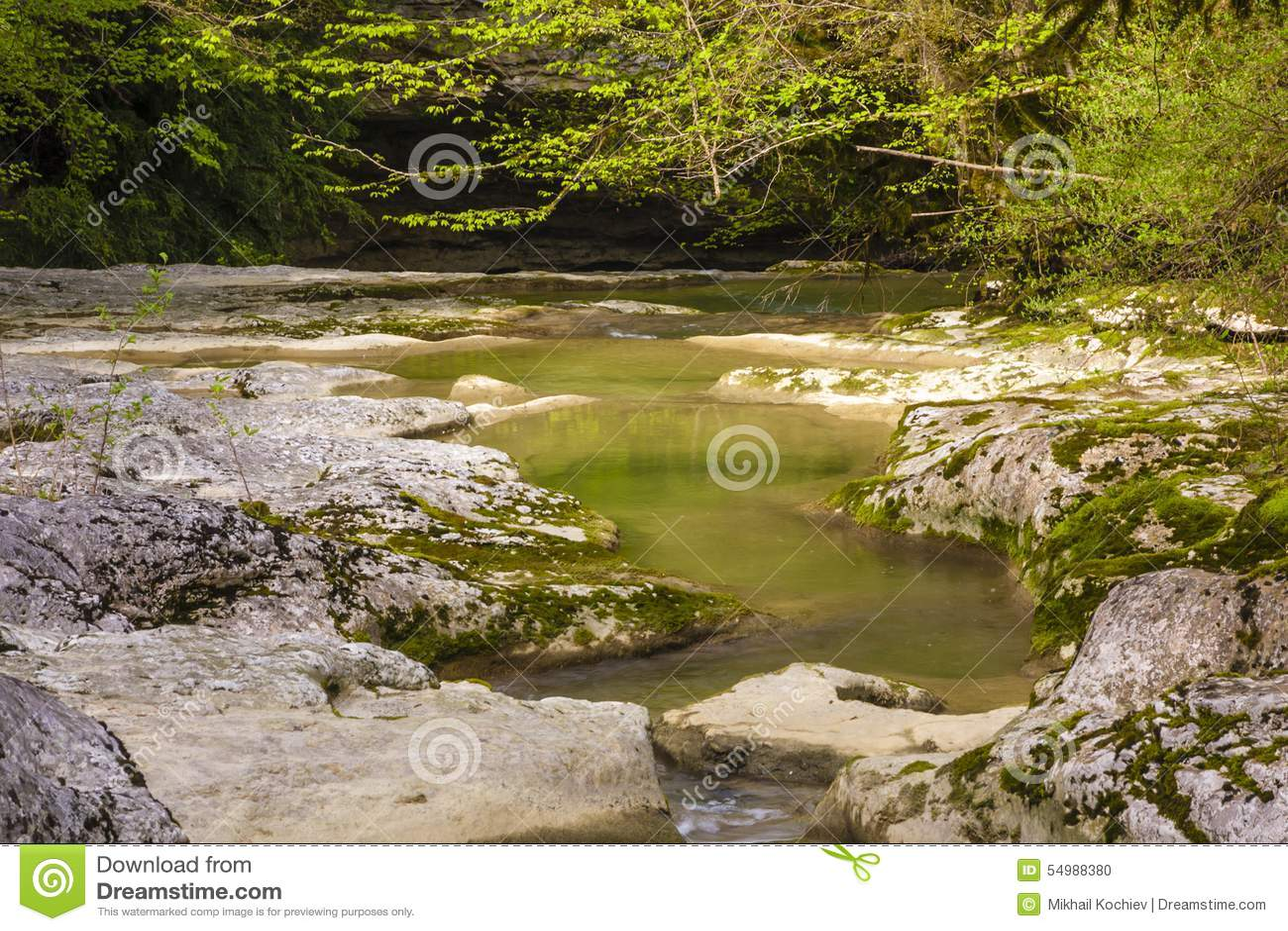 峡谷在阿布哈兹