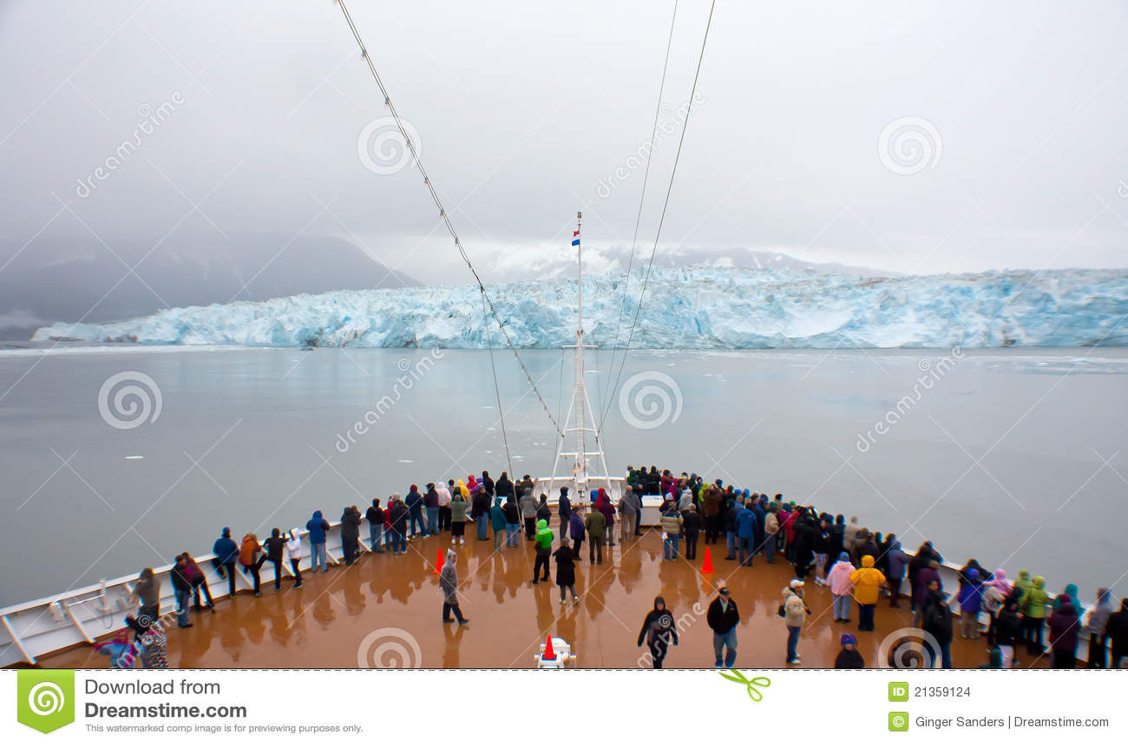巡航冰川hubbard船视图