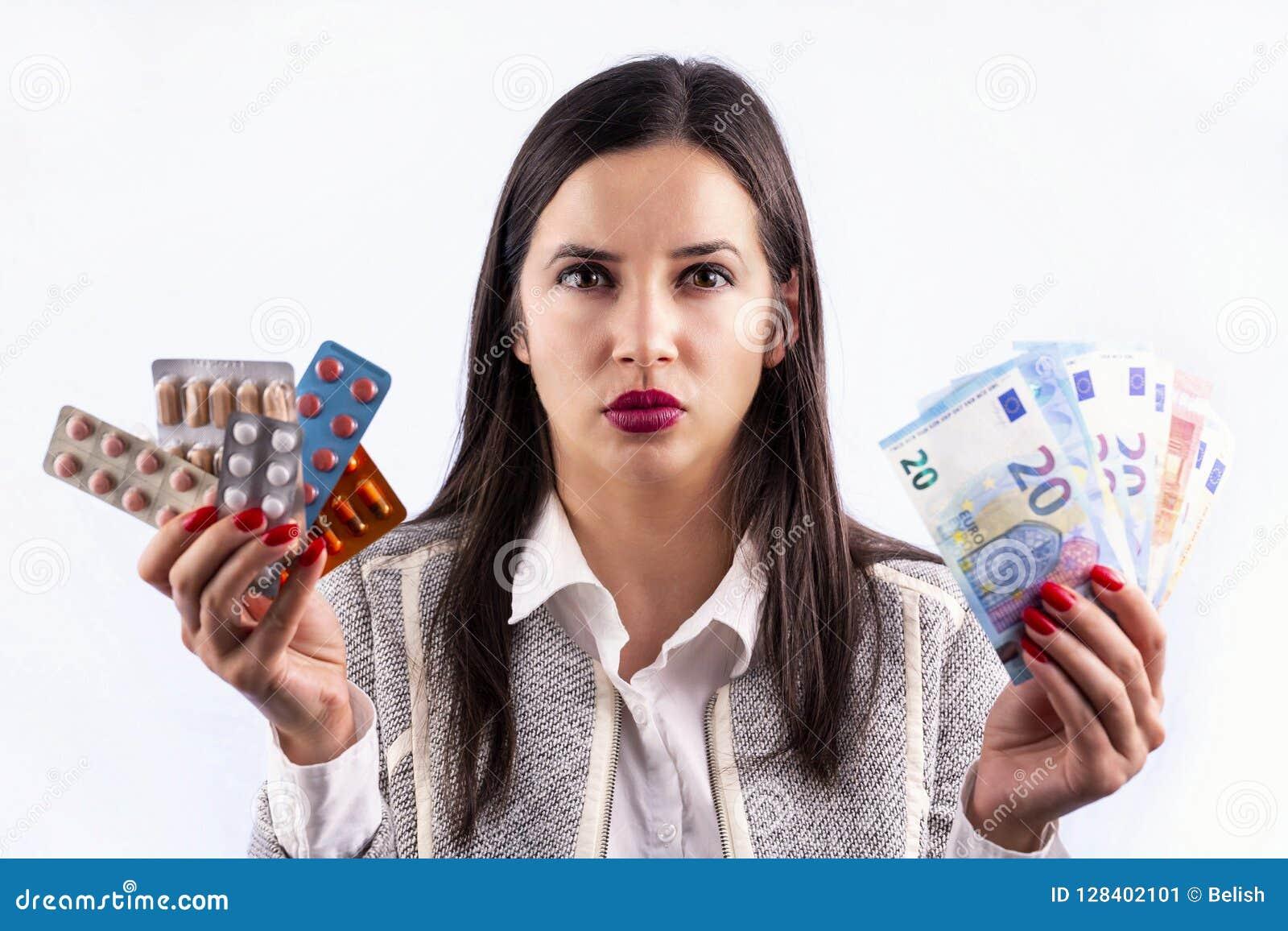 工业制药使恼怒药片维生素的少妇服麻醉剂