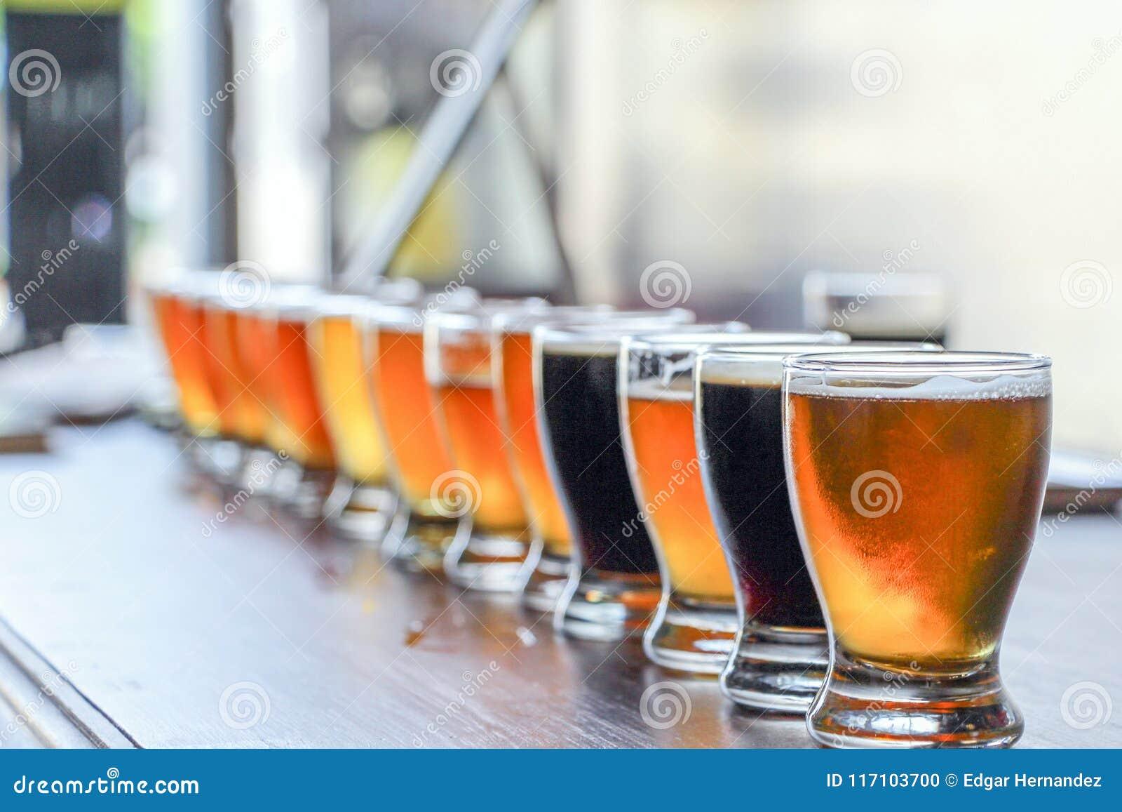 工艺啤酒品尝飞行
