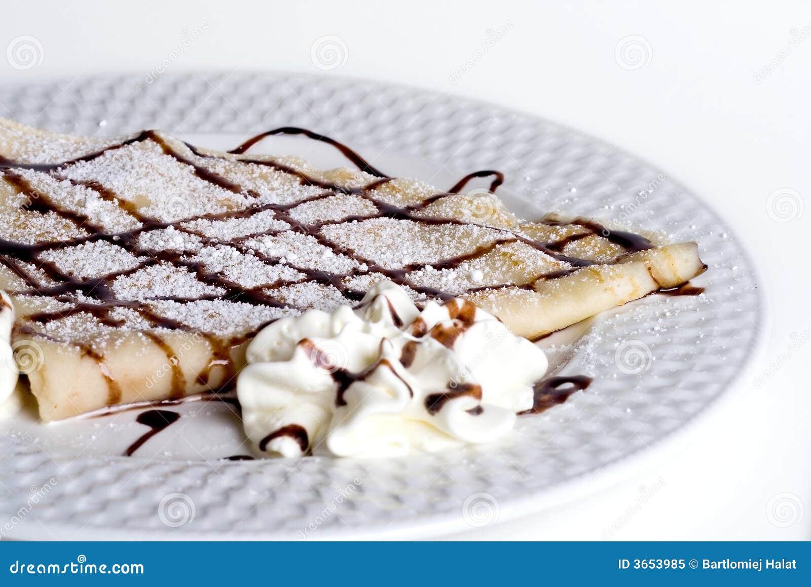 巧克力奶油色薄煎饼