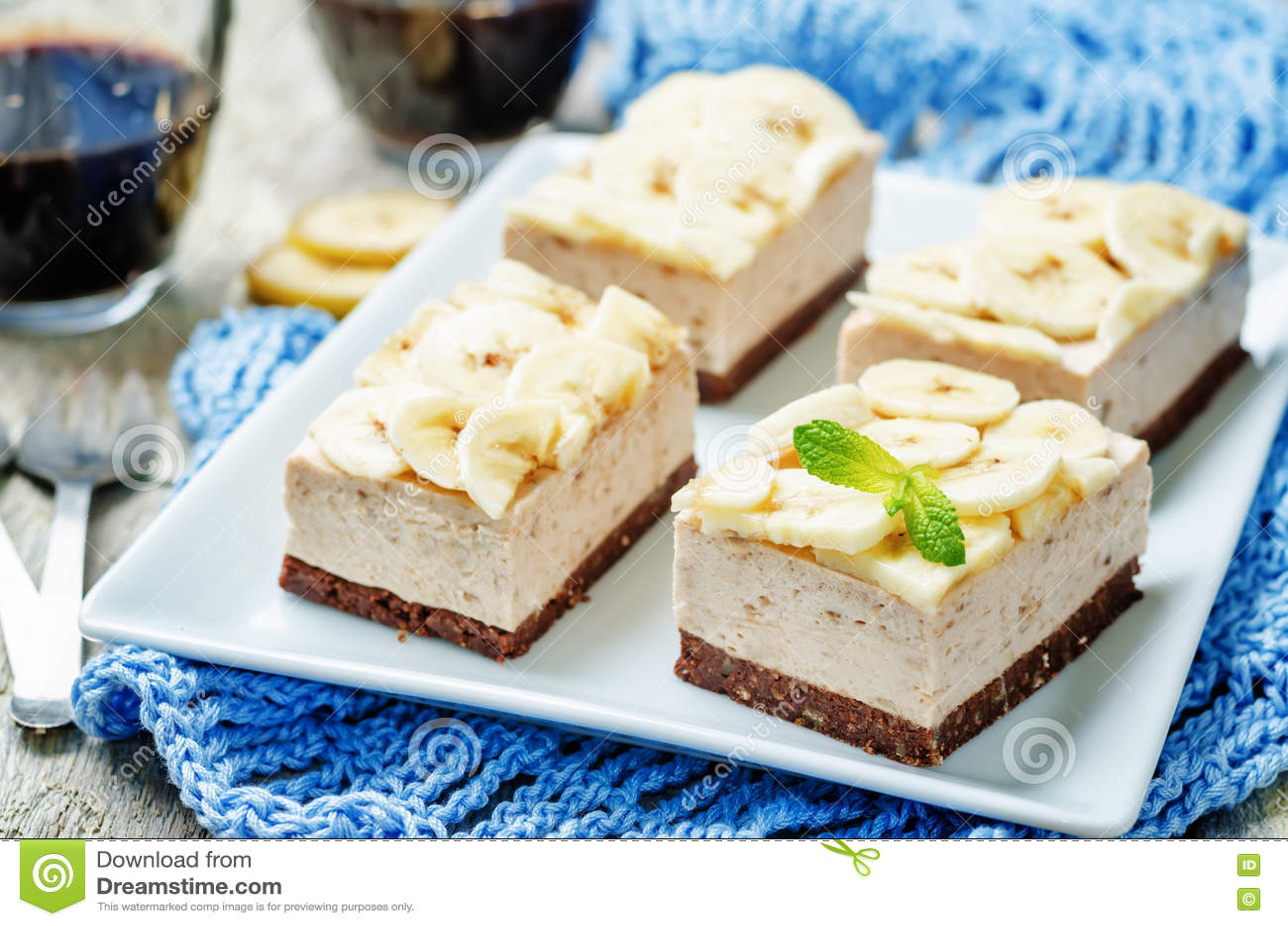 巧克力香蕉奶油甜点蛋糕