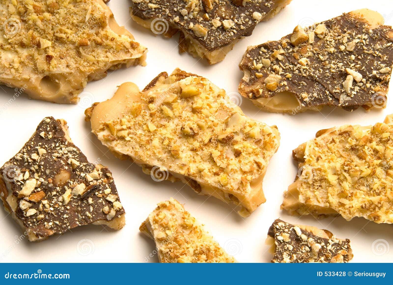 Download 巧克力黑暗的奶糖白色 库存照片. 图片 包括有 腰果, 核桃, 鲜美, 胡桃, 糖果, 巧克力, 糖浆, 混合药剂 - 533428