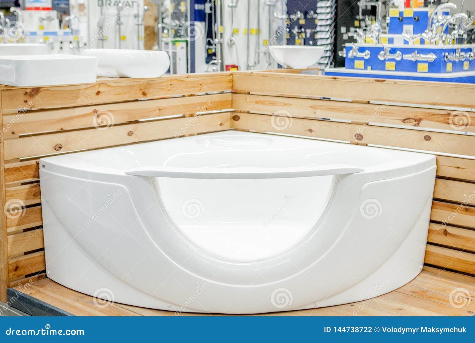 巴恩在修造的商店 浴在测量深度的商店 商店浴 ?? 新的浴 美好的伪造的腿的卫生间