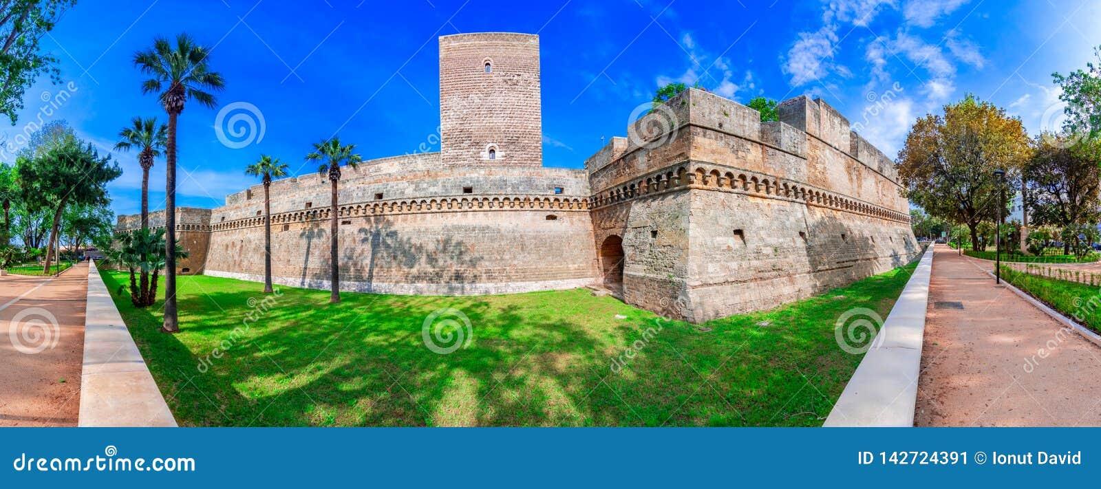 巴里,意大利,普利亚:德国的兹瓦本地方城堡或帝堡城Svevo,也叫帝堡城Normanno,普利亚