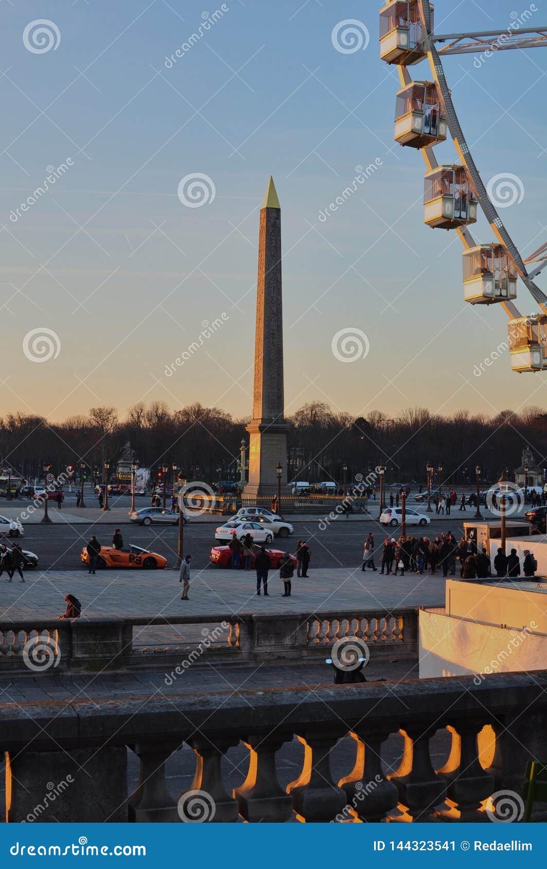 巴黎,法国- 02/08/2015:卢克索方尖碑'协和广场'