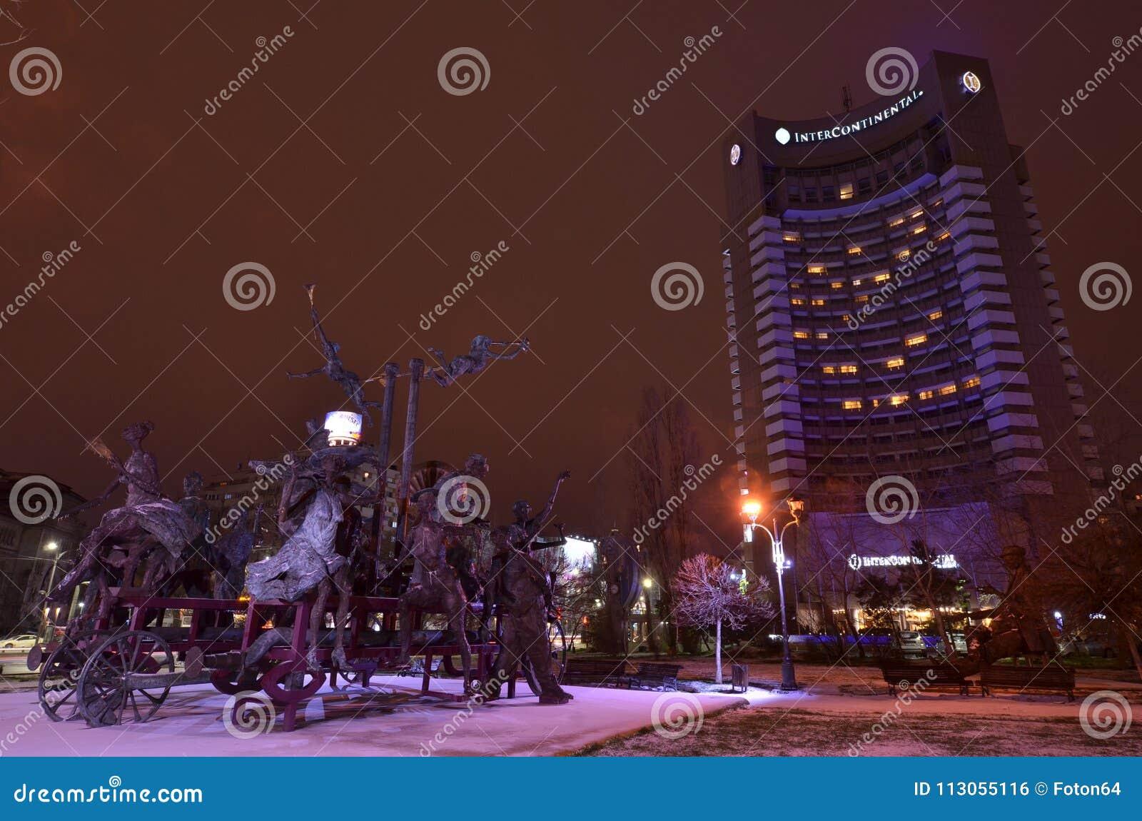 布加勒斯特洲际的旅馆夜场面