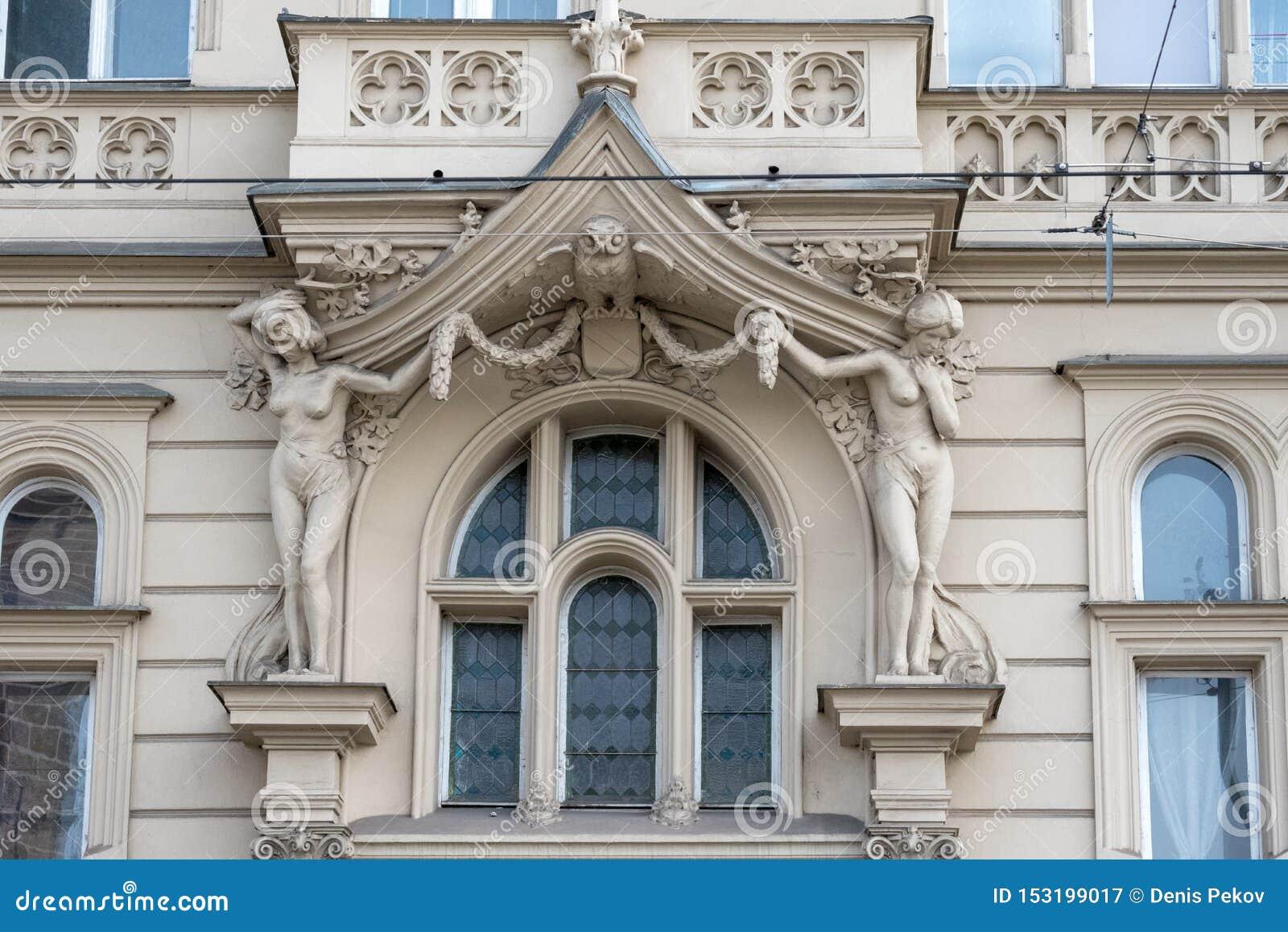 布拉格/捷克04 02 2019年:在布拉格,捷克老城广场的建筑学  布拉格在捷克的首都