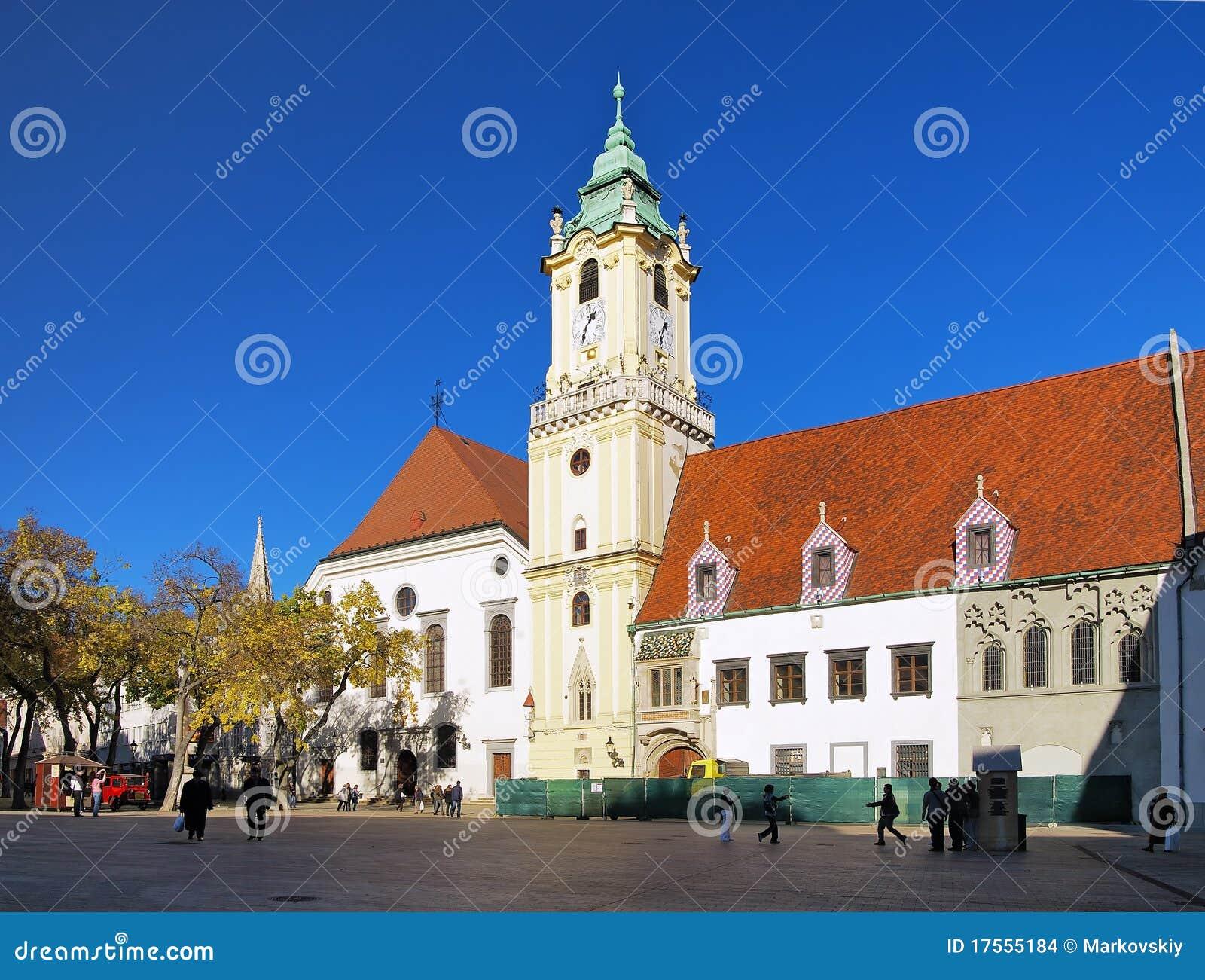 布拉索夫市政厅老城镇
