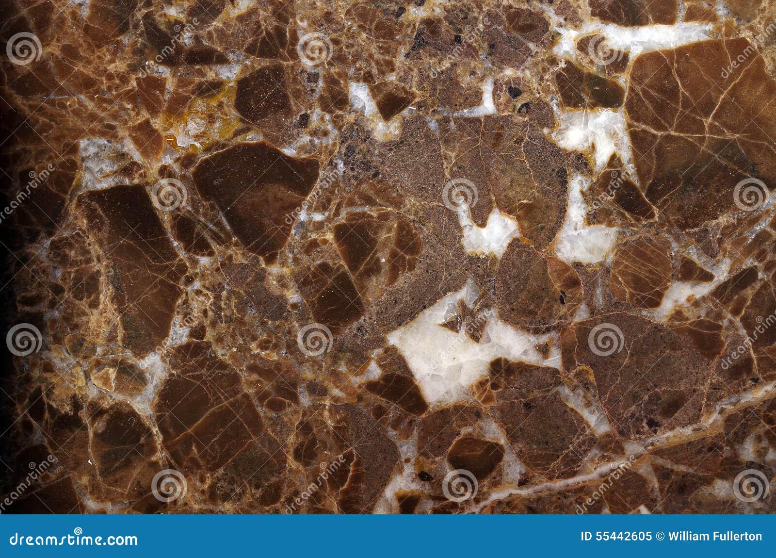 布朗花岗岩