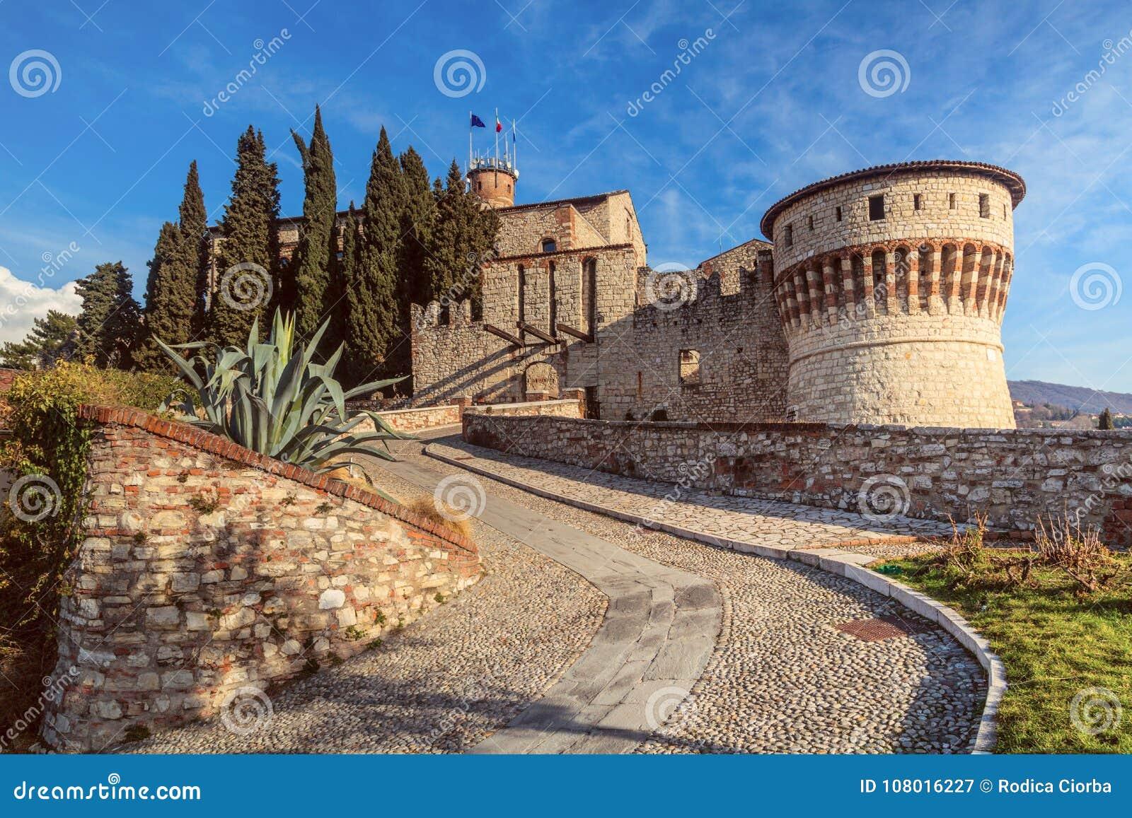 布雷西亚堡垒,意大利