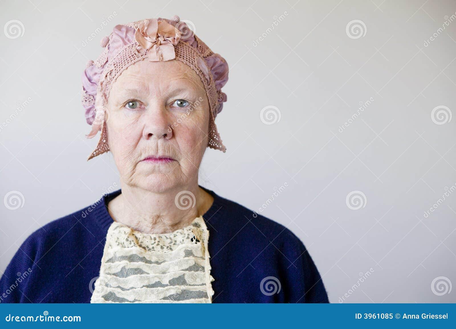 帽子高级葡萄酒妇女