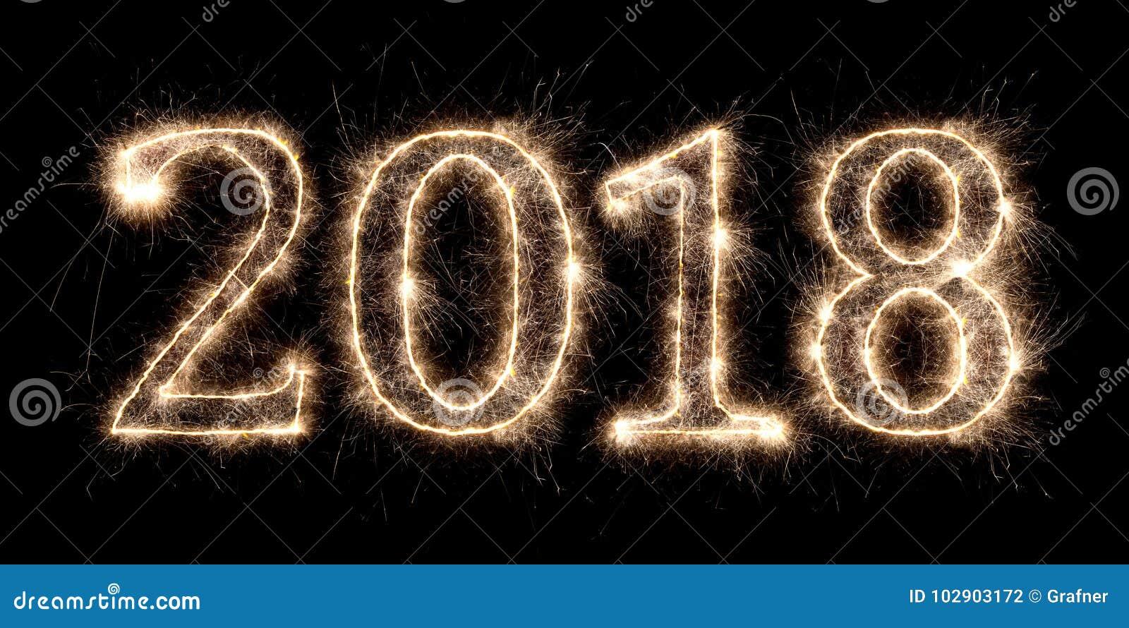 2018年烟花闪烁发光物明亮的发光的除夕数字