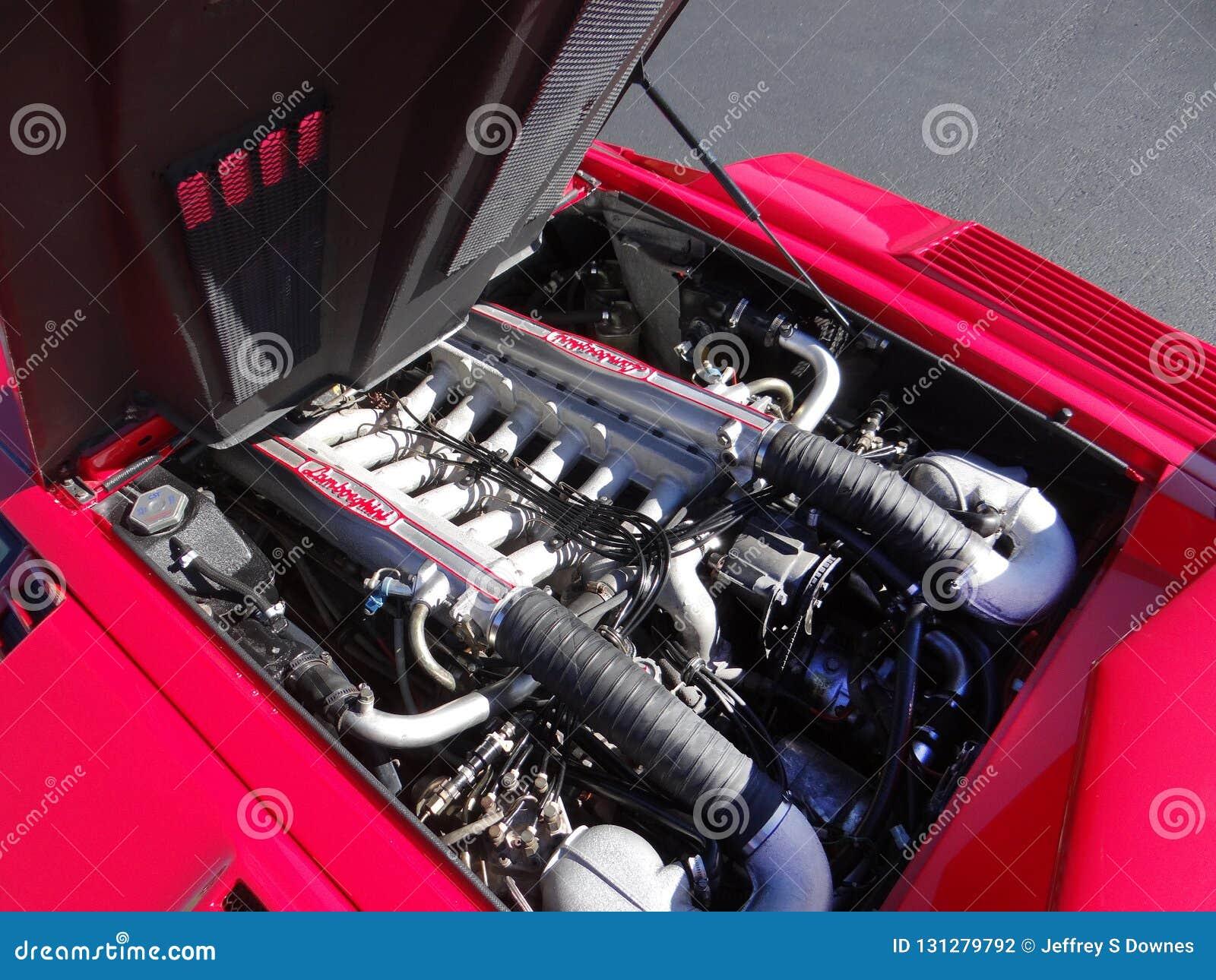 1989年蓝宝坚尼Countach第25个周年引擎海湾