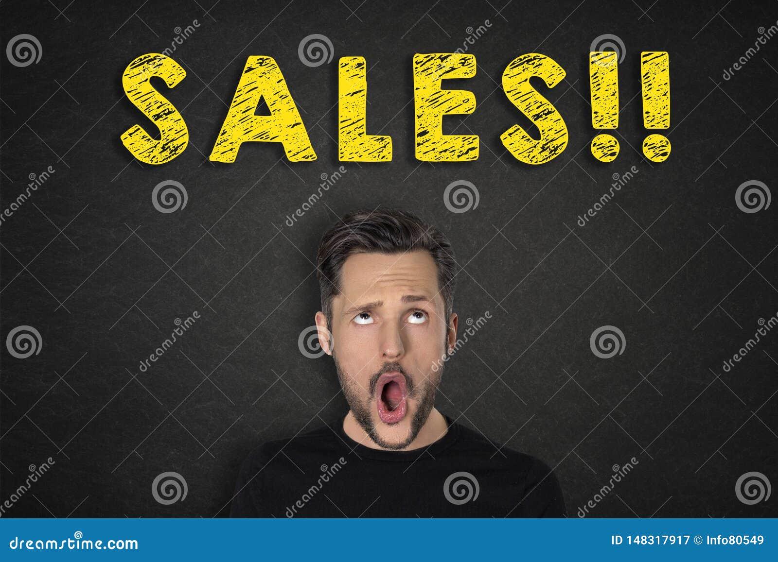 年轻人画象有哇表示和'销售的!'文本