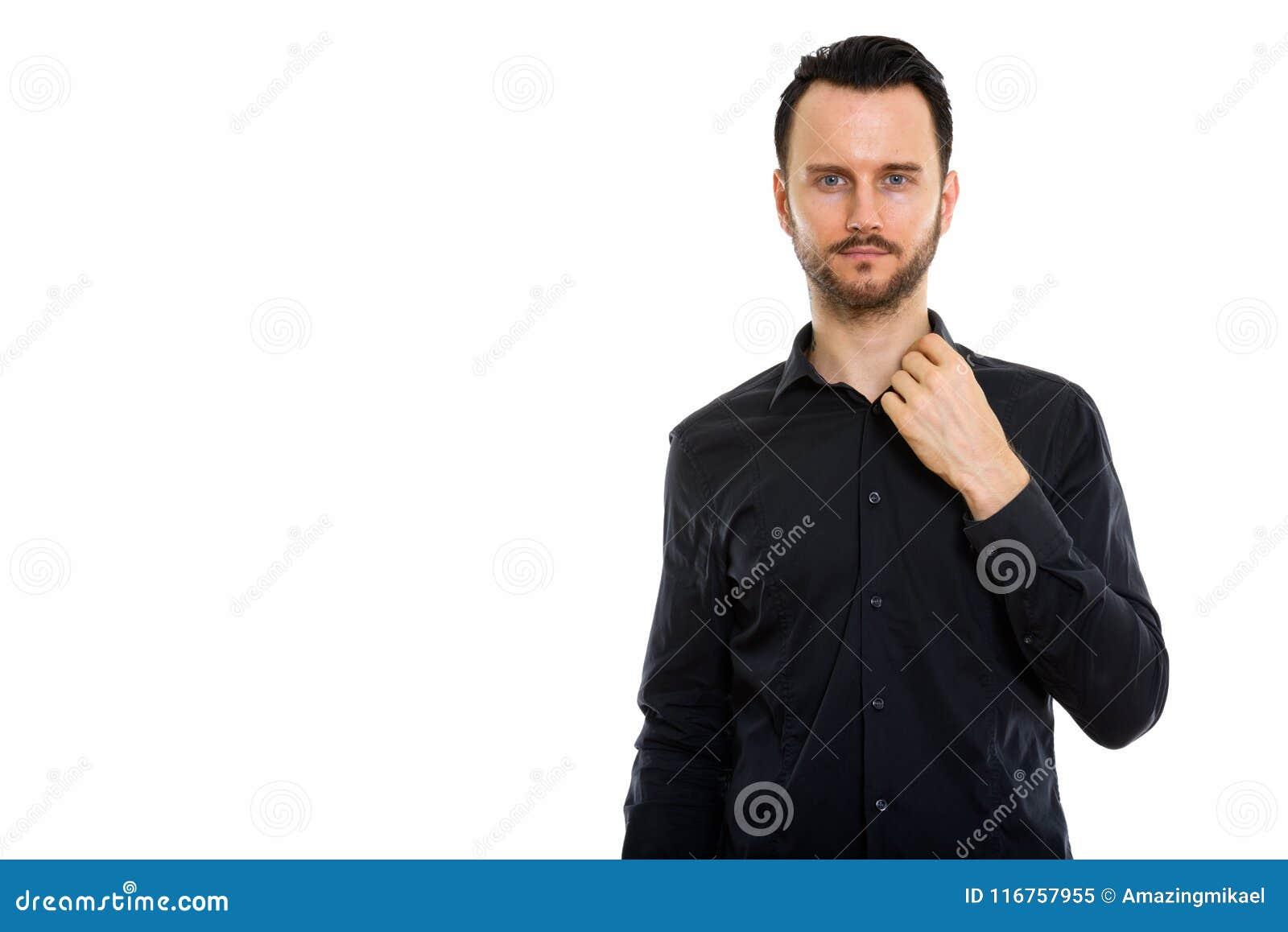 年轻英俊的有胡子的商人