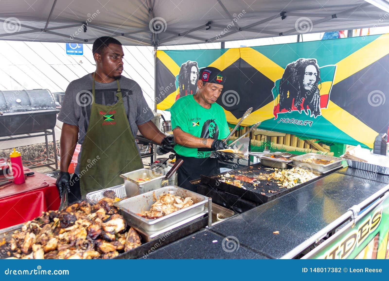 2019年麦唐纳,乔治亚大竺葵节日-烤牙买加食物