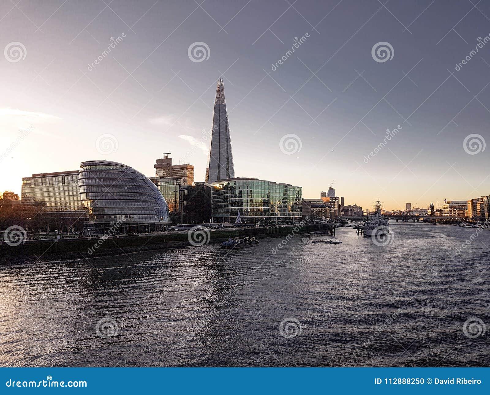 2017年12月28日,伦敦,英国-碎片,也指玻璃碎片,碎片伦敦桥