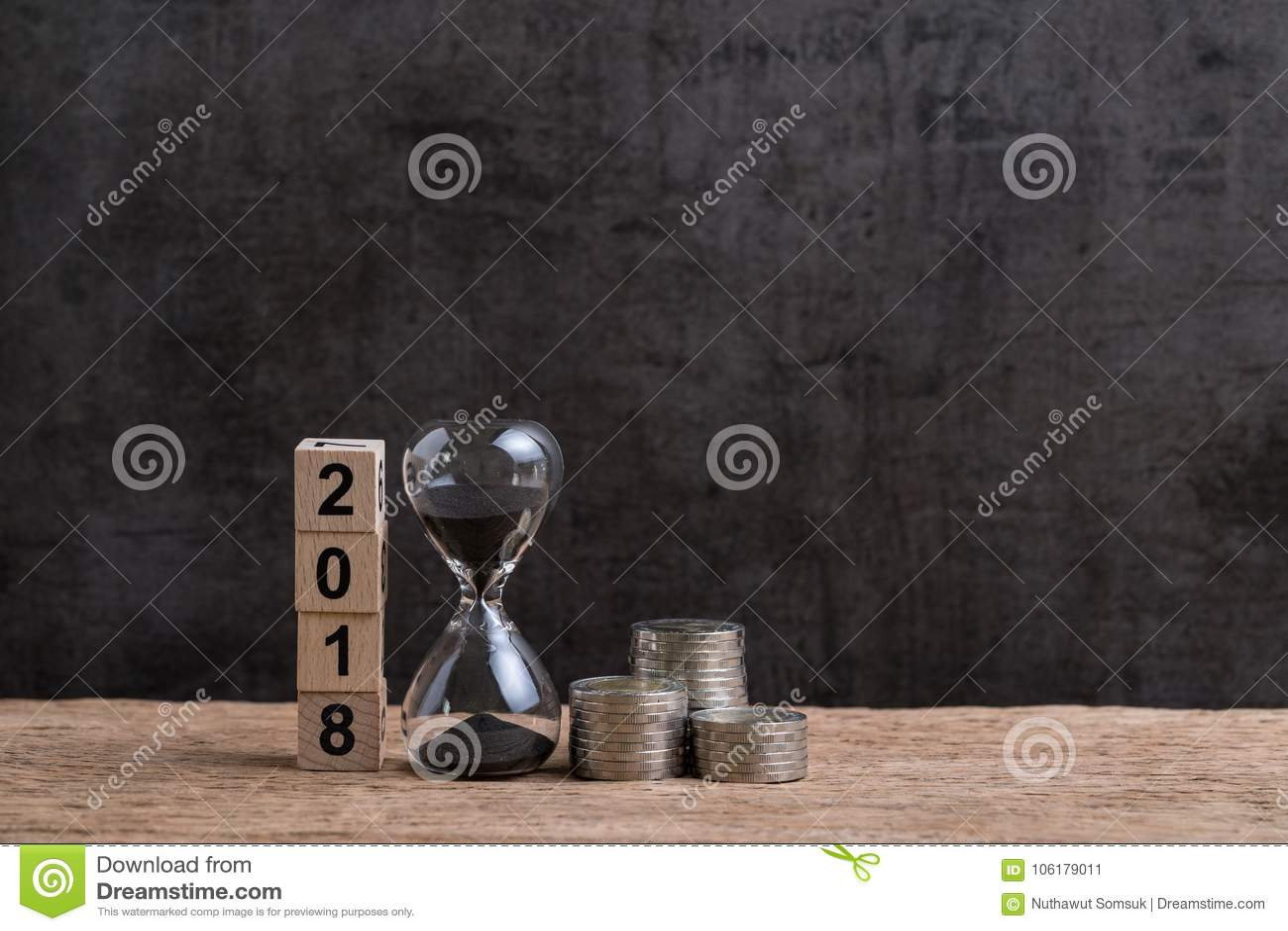 年2018财政或投资时间或目标概念与hou