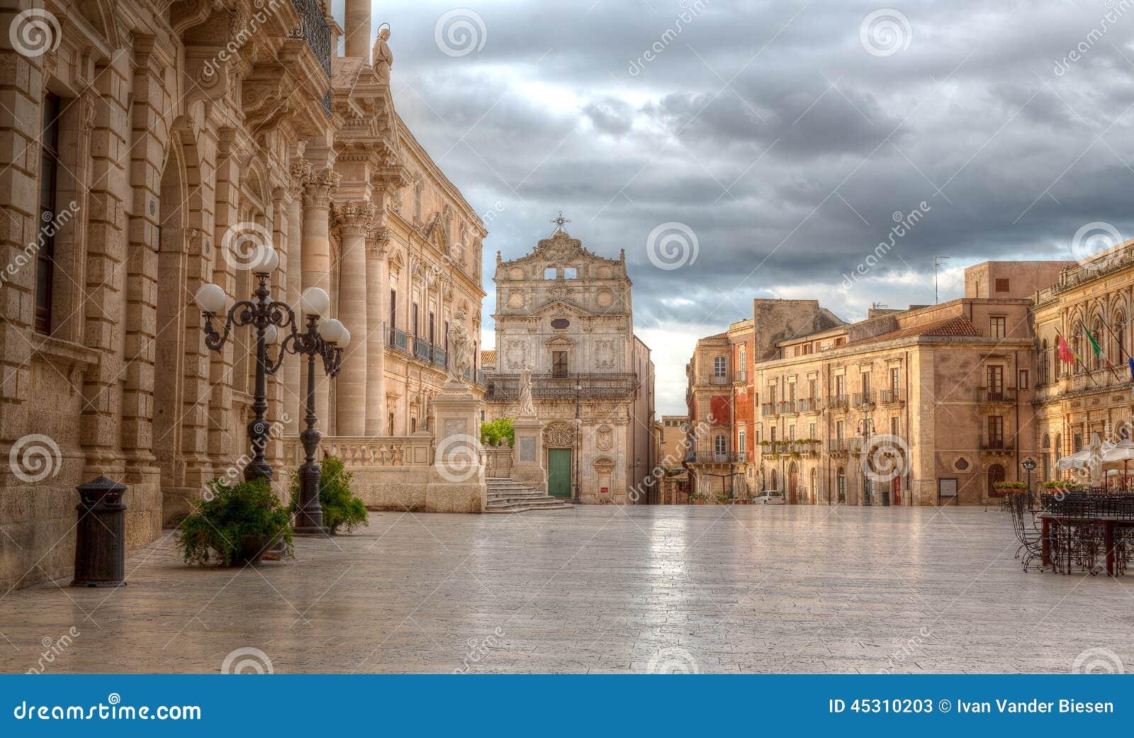 广场中央寺院,西勒鸠斯,西西里岛,意大利