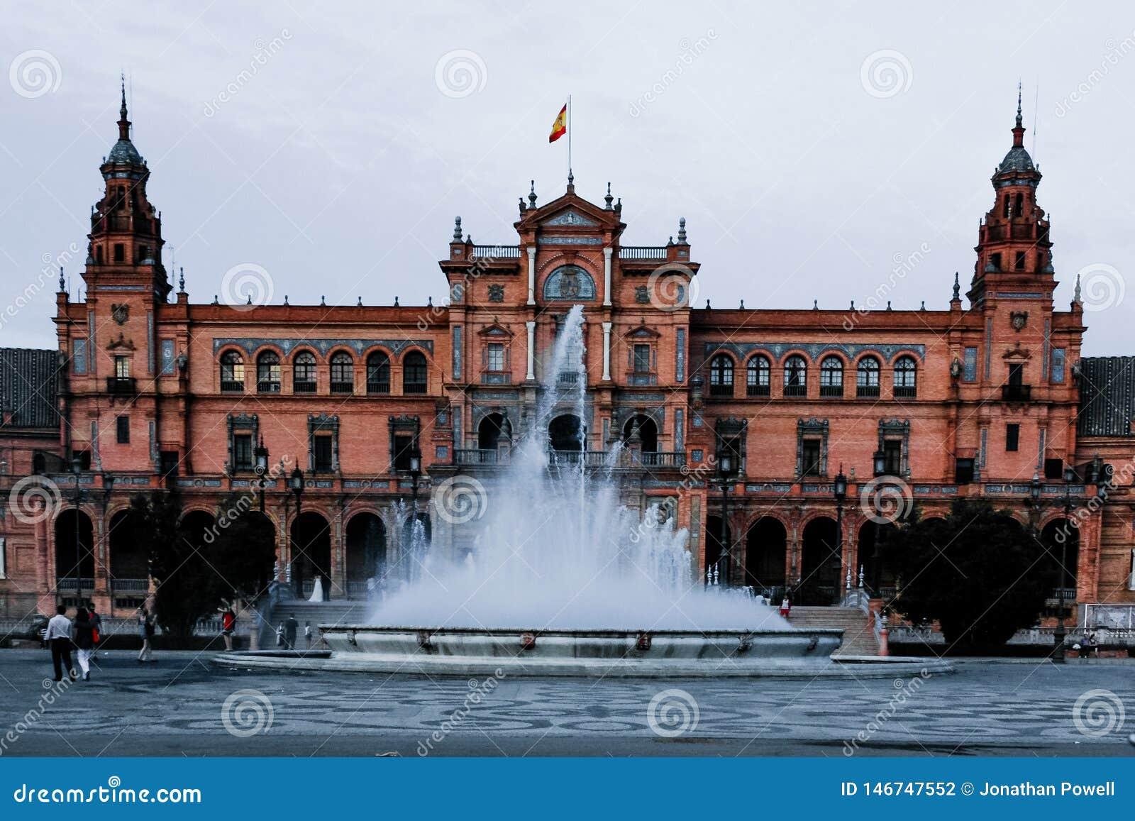 广场de EspaA±aa,塞维利亚,西班牙的成为不饱和的看法