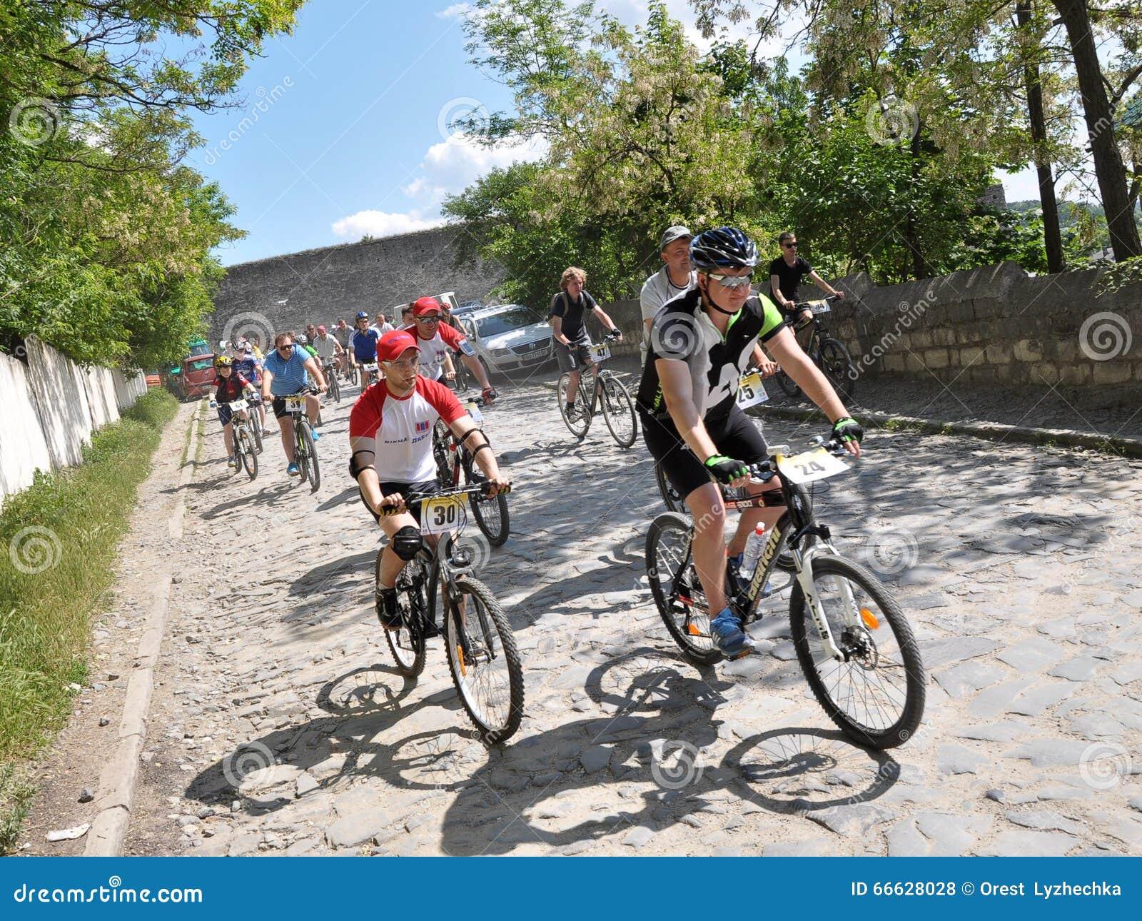 开始非职业骑自行车者