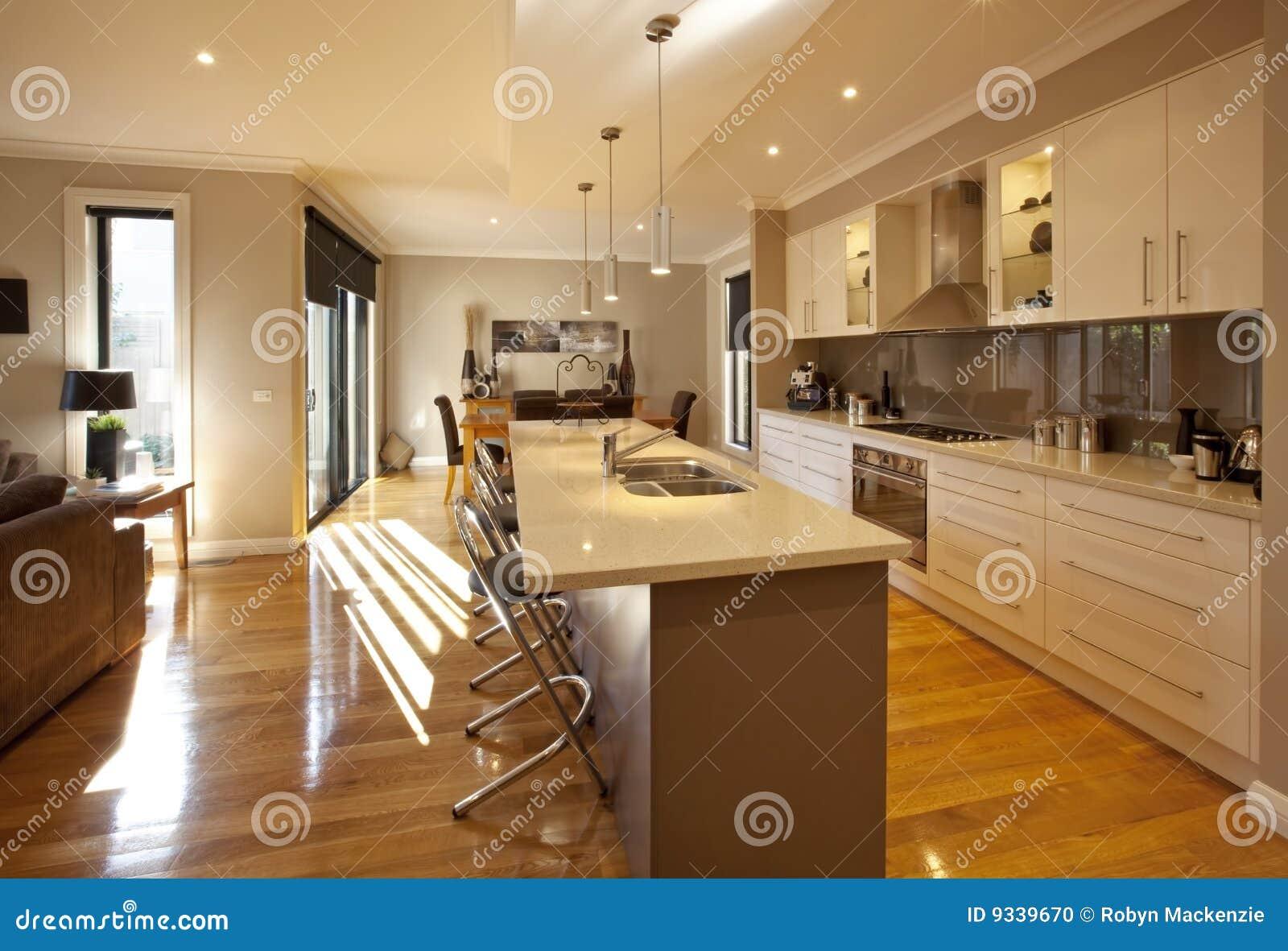 开放学制的厨房