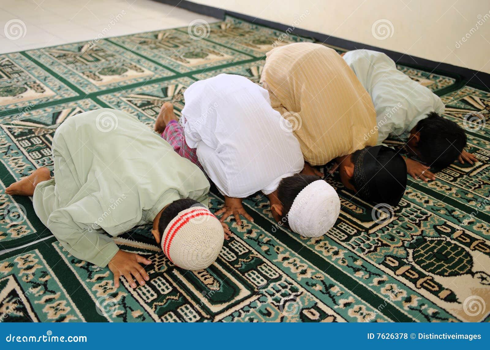 开玩笑穆斯林祈祷
