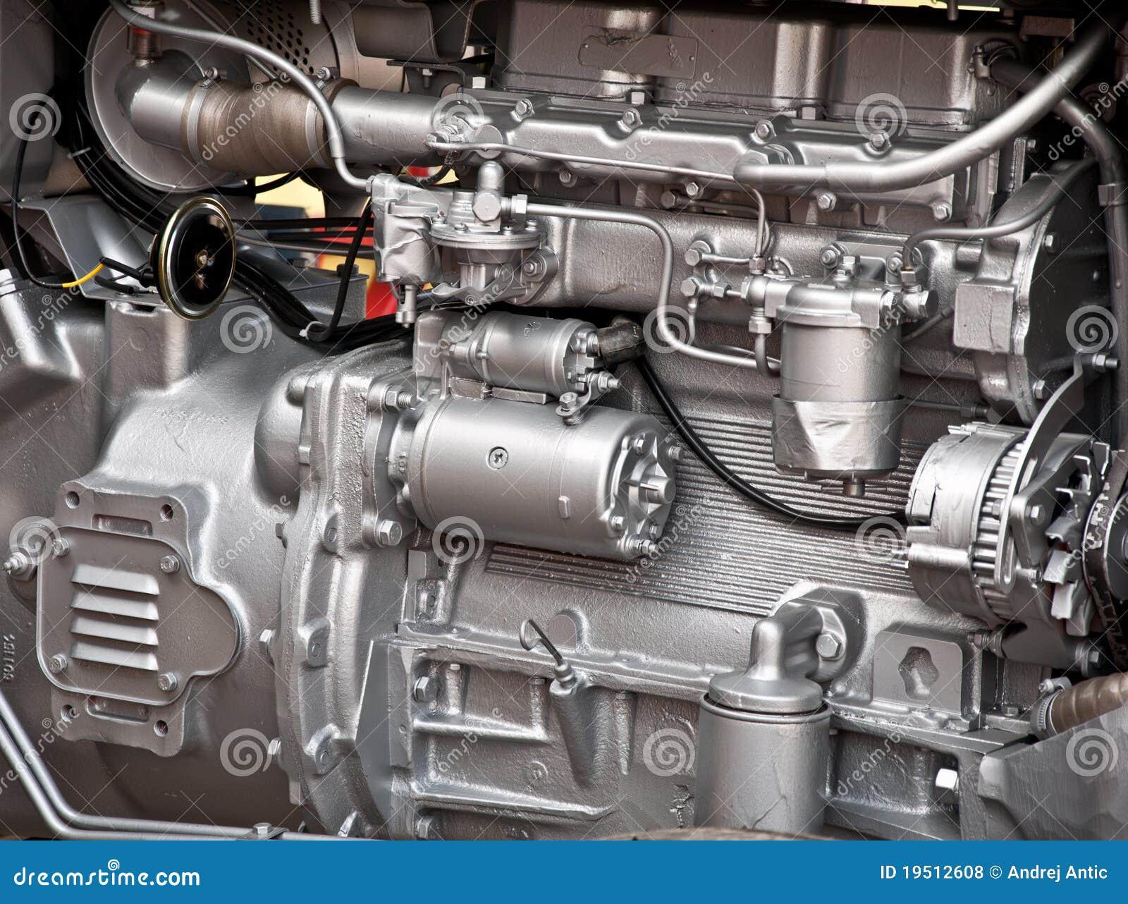 引擎拖拉机图片