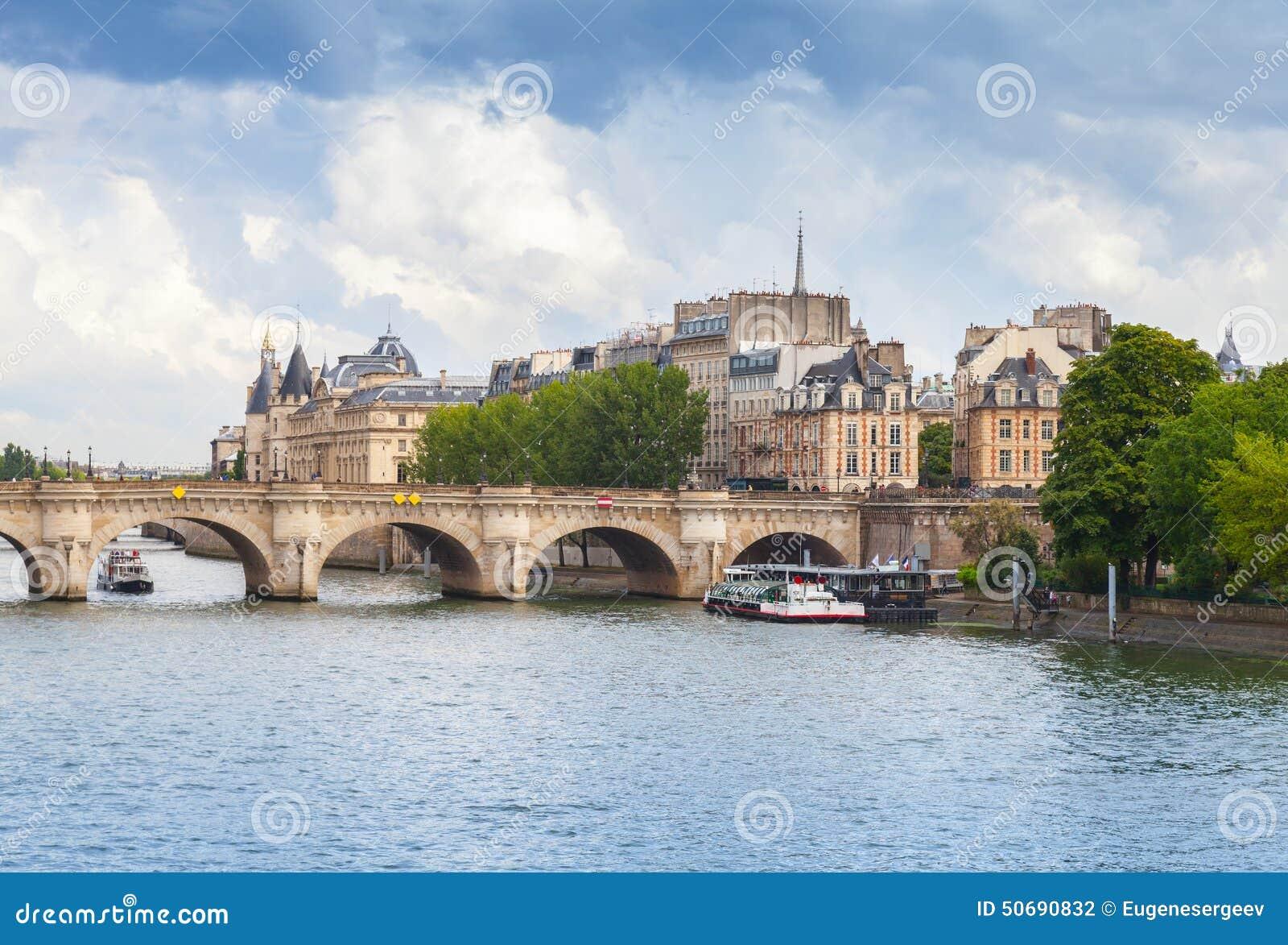 Download 援引海岛和新桥,巴黎,法国 库存照片. 图片 包括有 照片, 巴黎人, 形成弧光的, 站点, 地标, 法国 - 50690832