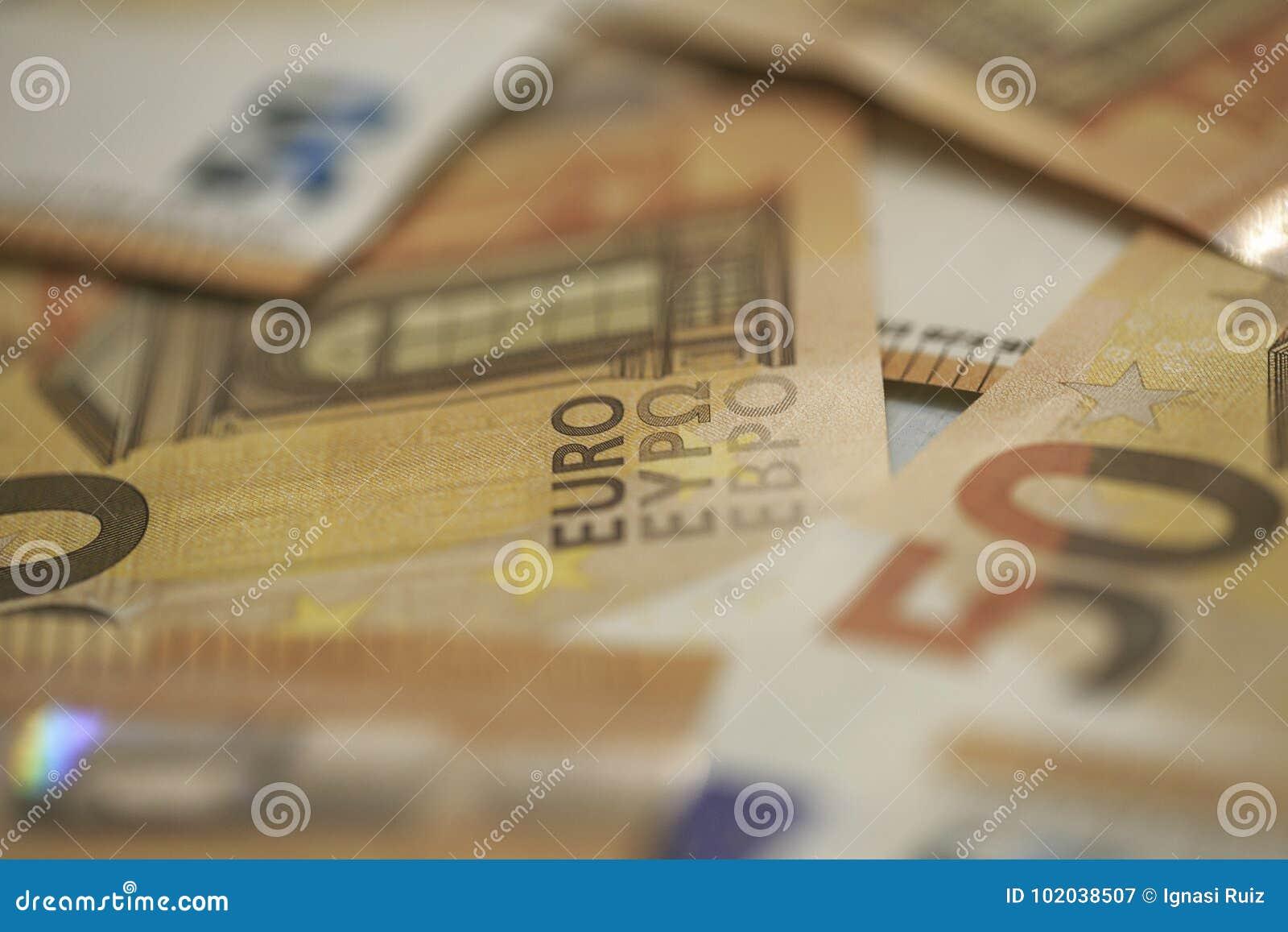 50张欧元钞票