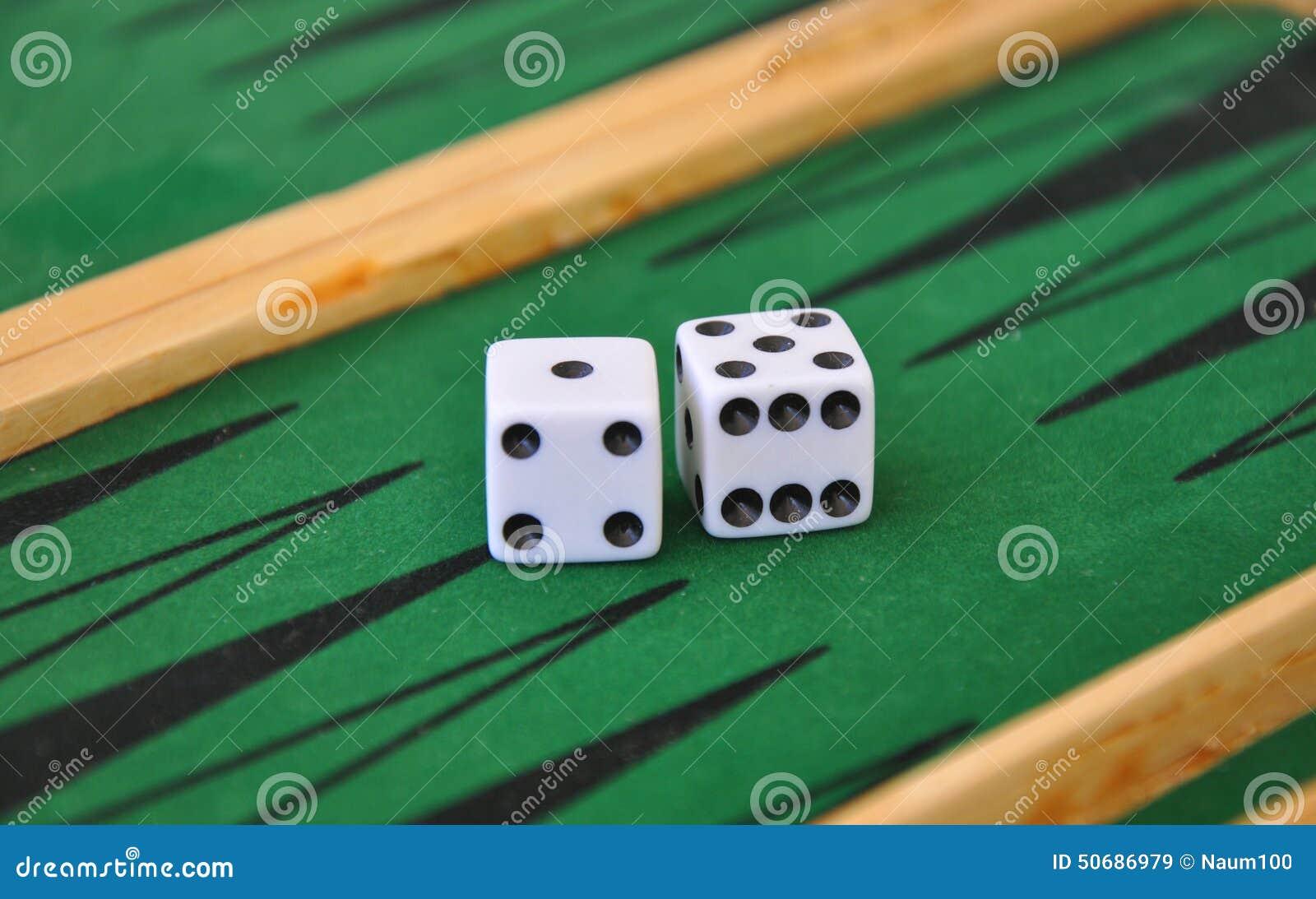 Download 彀子赌博选材台二 库存图片. 图片 包括有 损失, 中断, 塑料, 特写镜头, 赌博, 竞争, 时运, 绿色 - 50686979
