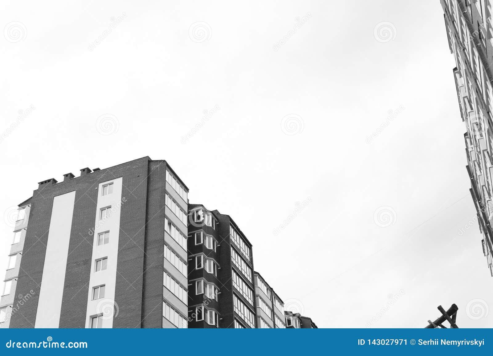 当代建筑学的抽象片段 住宅现代大厦,剧烈黑白,拷贝空间