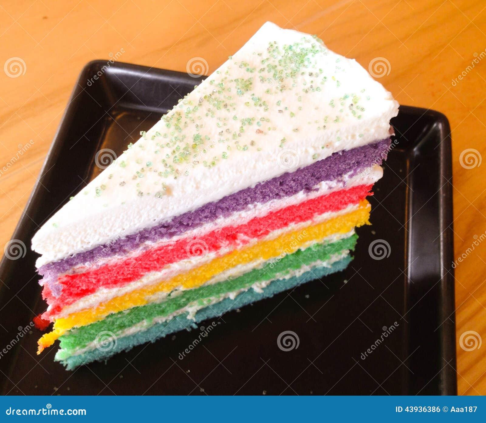 甜和五颜六色彩虹夹心蛋糕.图片
