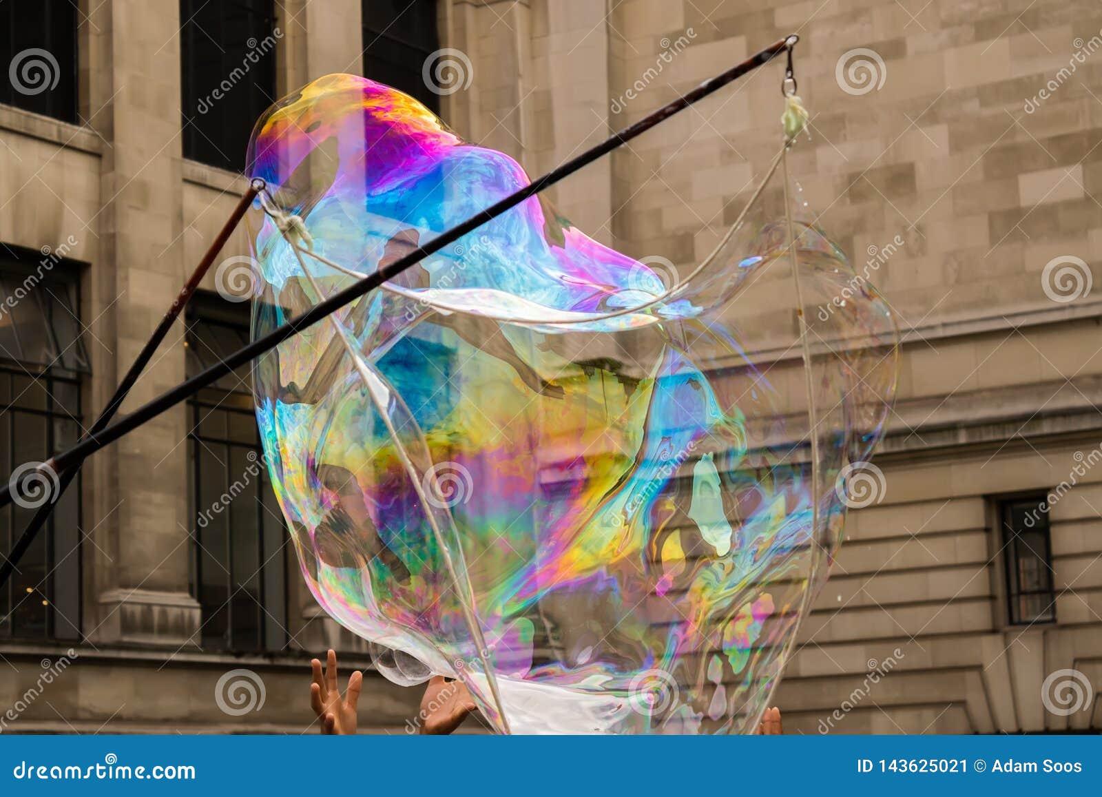 彩虹肥皂泡