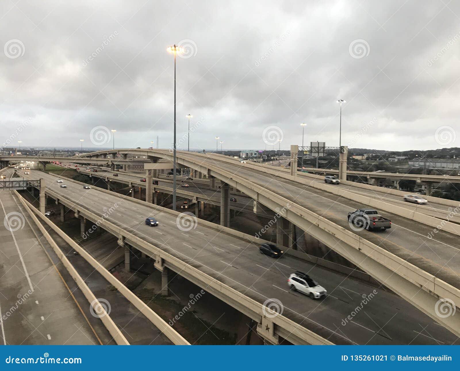 得克萨斯,牛仔偏僻的星和城市的状态