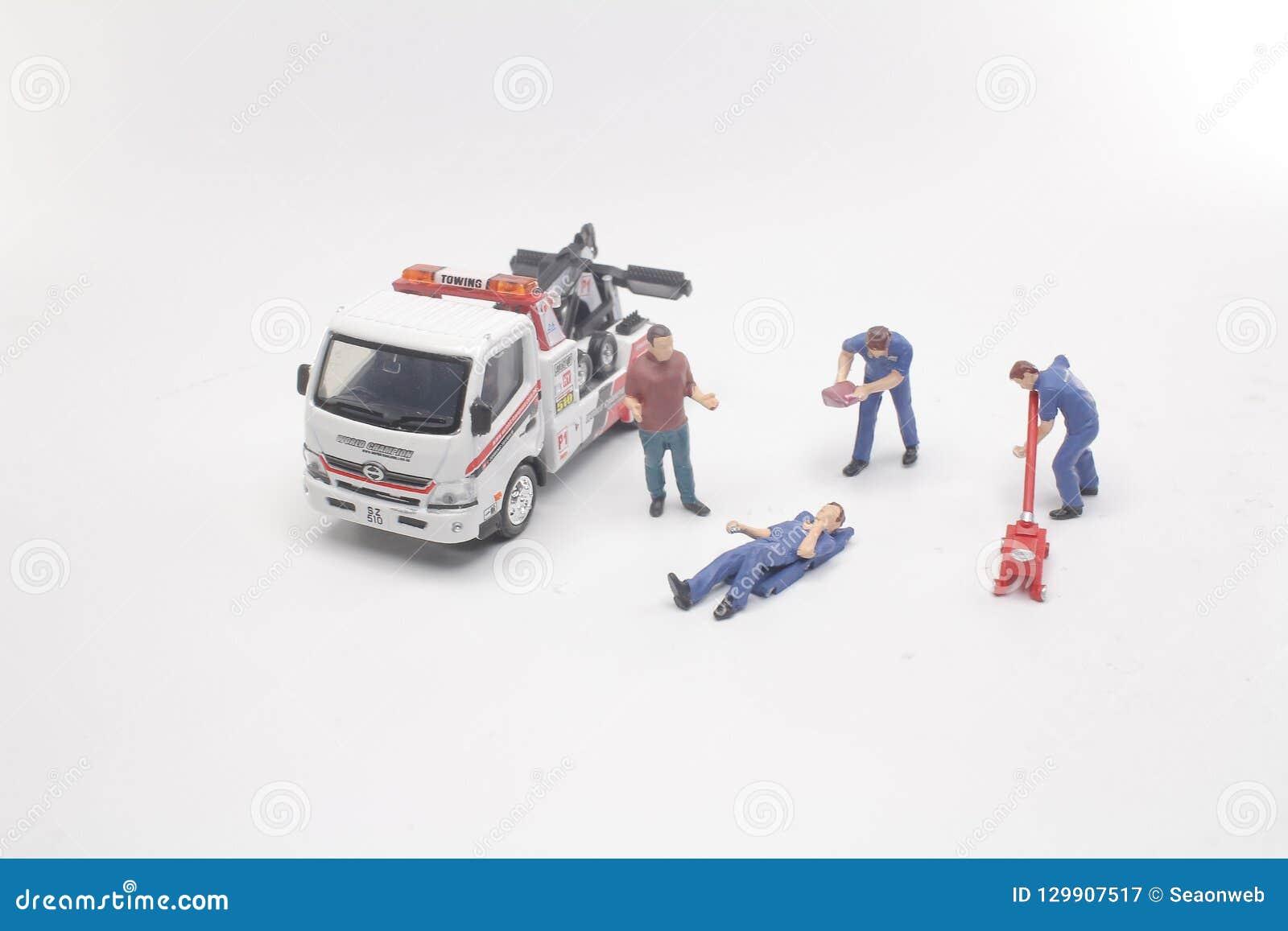微型工作者汽车修理和服务