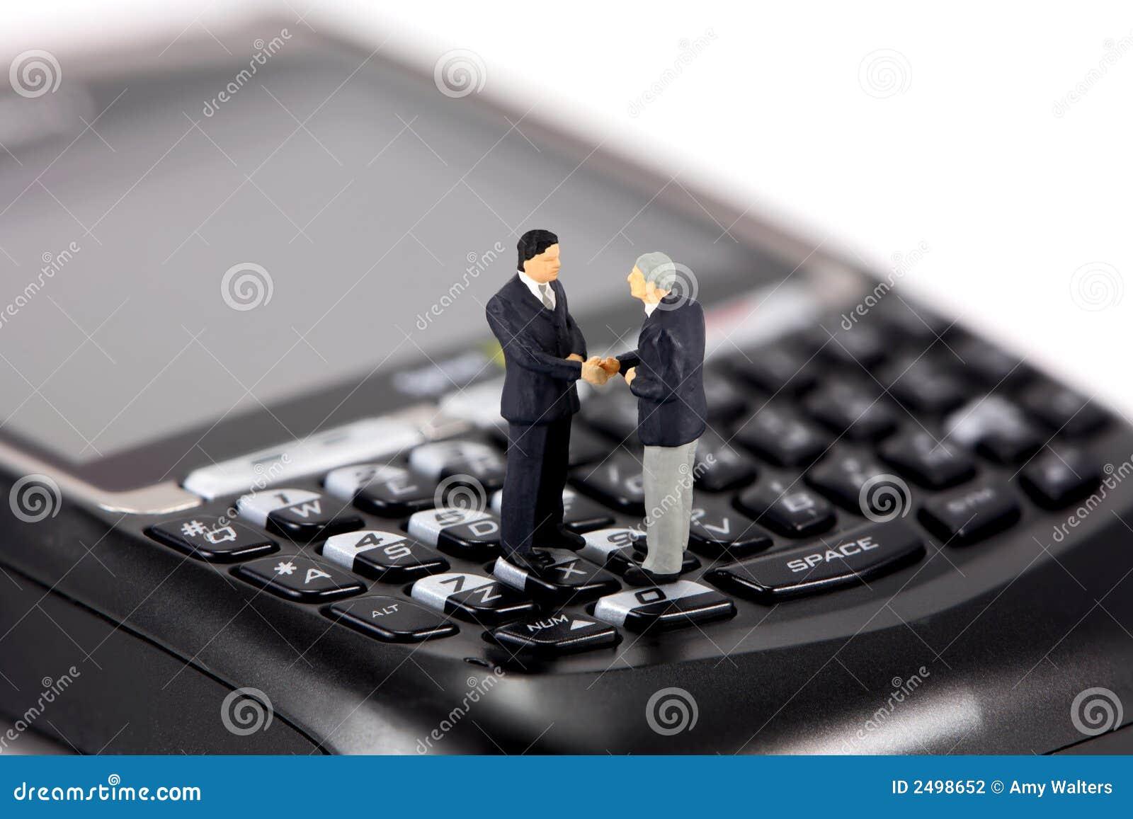 微型生意人的移动电话